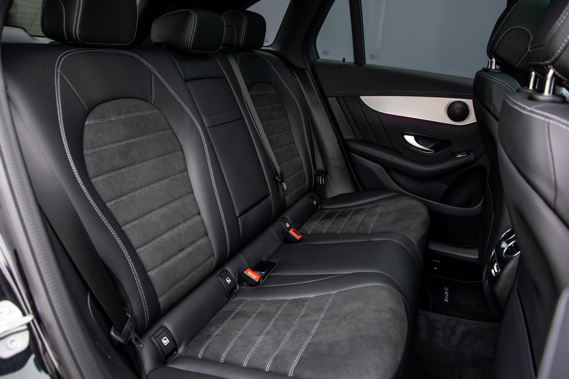 """Mercedes-Benz GLC 200 4-M AMG Panorama/Night/Assistentiepakket/20""""/Treeplanken Aut9 Foto 4"""