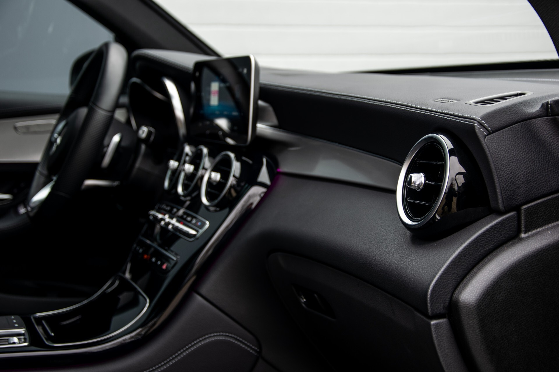 """Mercedes-Benz GLC 200 4-M AMG Panorama/Night/Assistentiepakket/20""""/Treeplanken Aut9 Foto 50"""