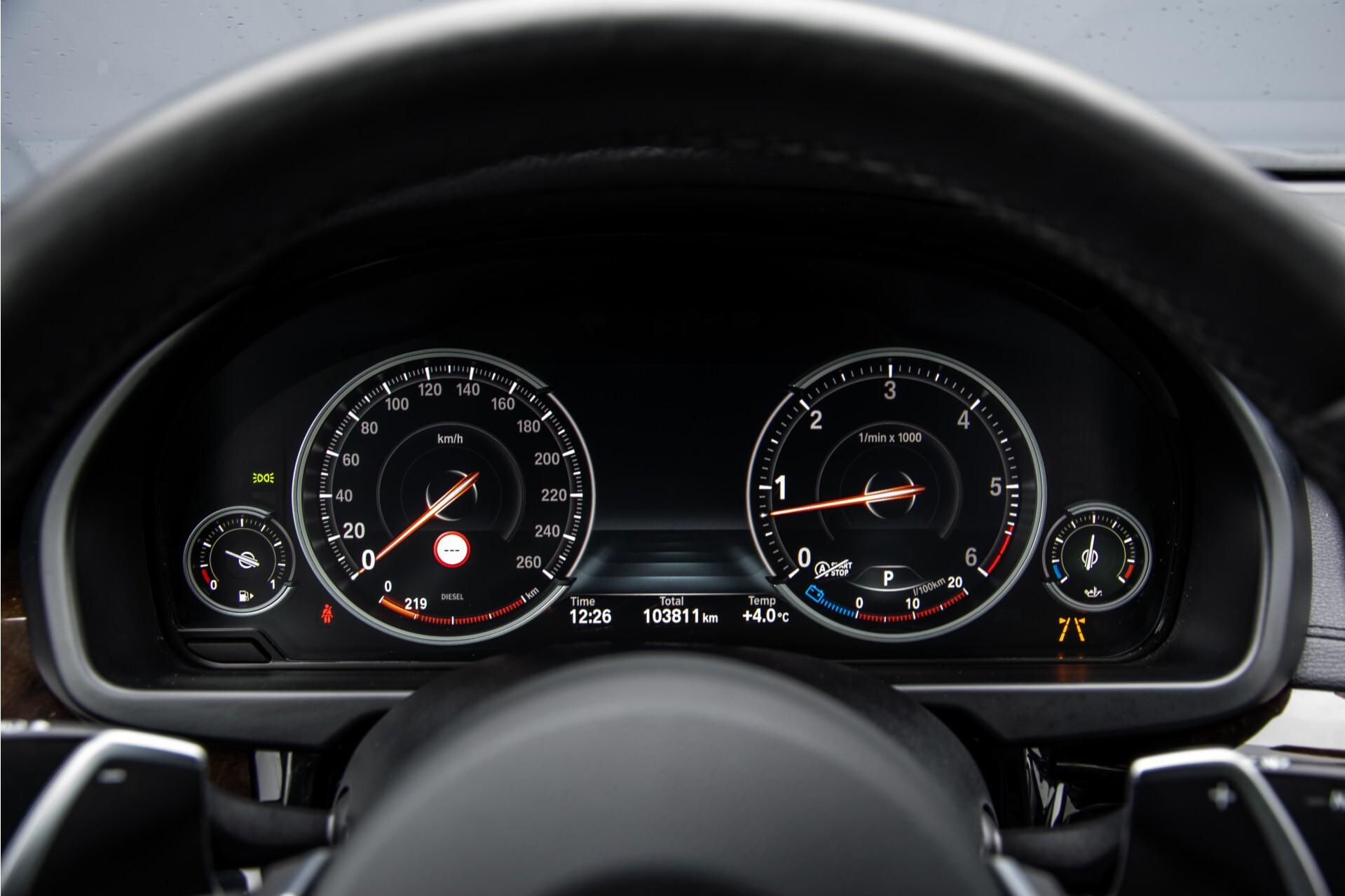 BMW X6 xDrive 40d M-sport Full Options Aut8 Foto 13