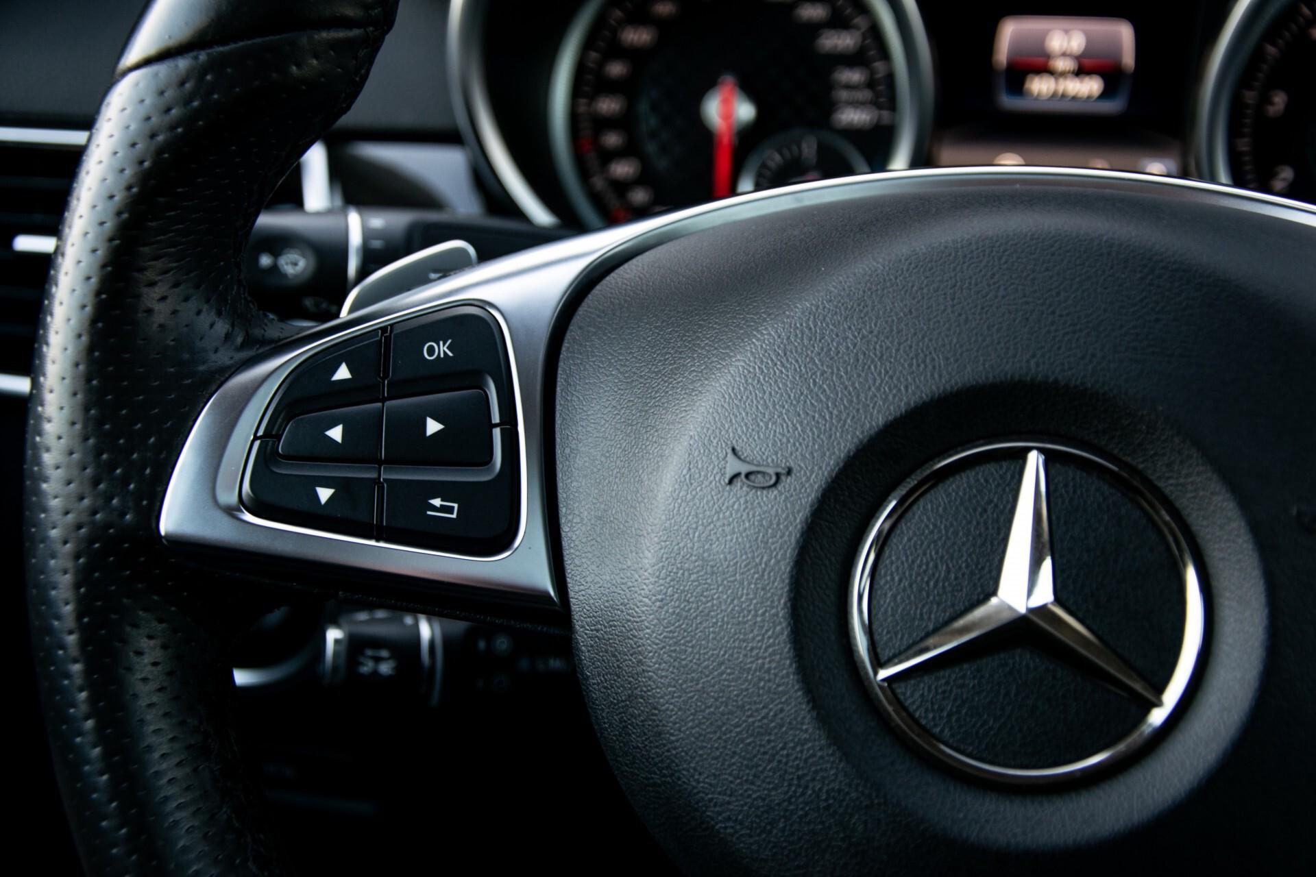 "Mercedes-Benz GLE 43 AMG 4-M Active Curve System/Distronic/Panorama/22"" Aut9 Foto 10"