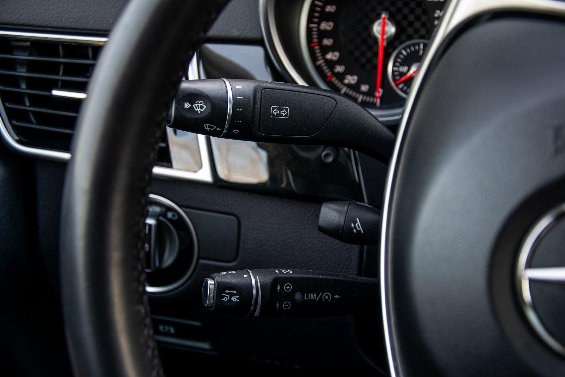 "Mercedes-Benz GLE 43 AMG 4-M Active Curve System/Distronic/Panorama/22"" Aut9 Foto 11"