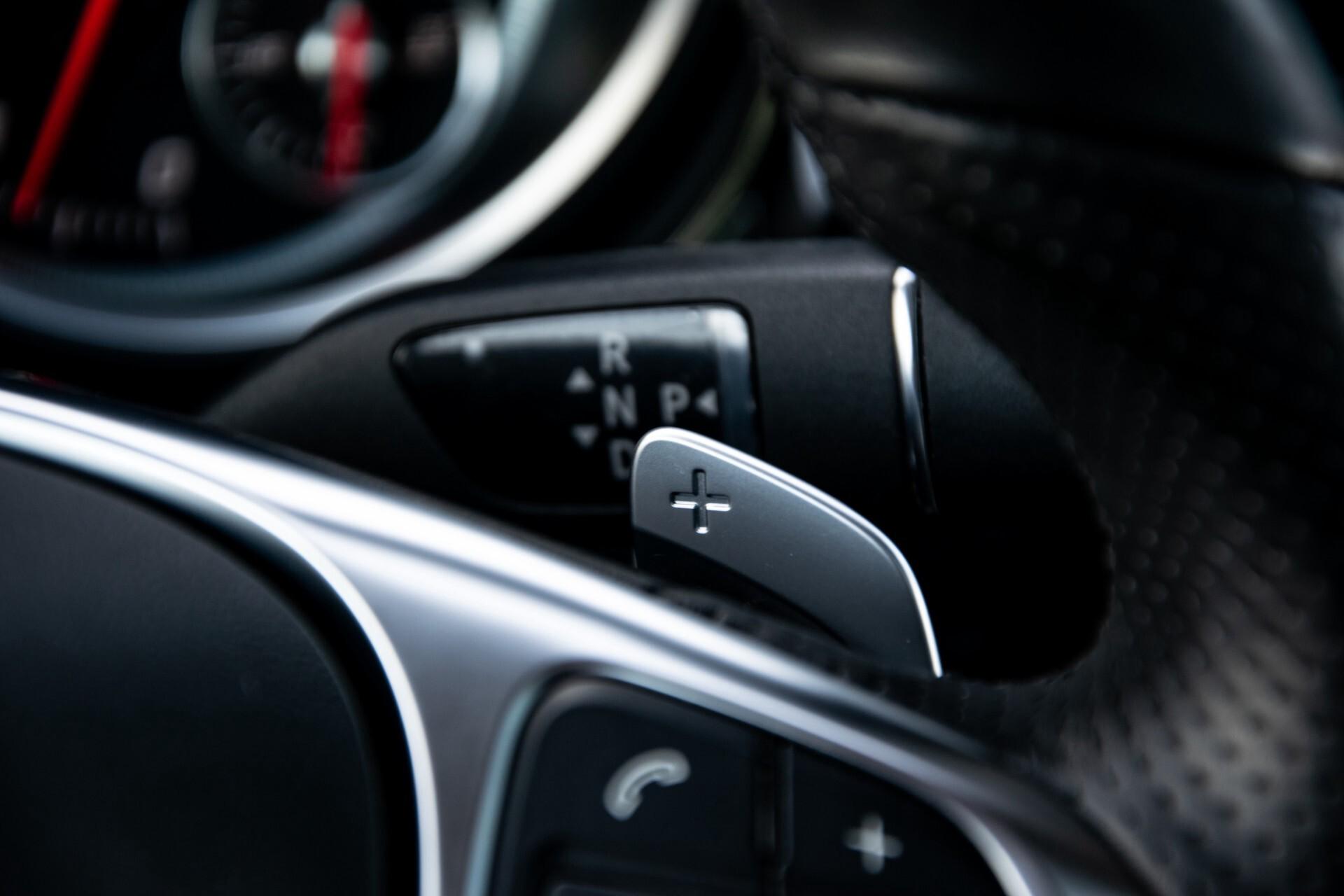 "Mercedes-Benz GLE 43 AMG 4-M Active Curve System/Distronic/Panorama/22"" Aut9 Foto 14"