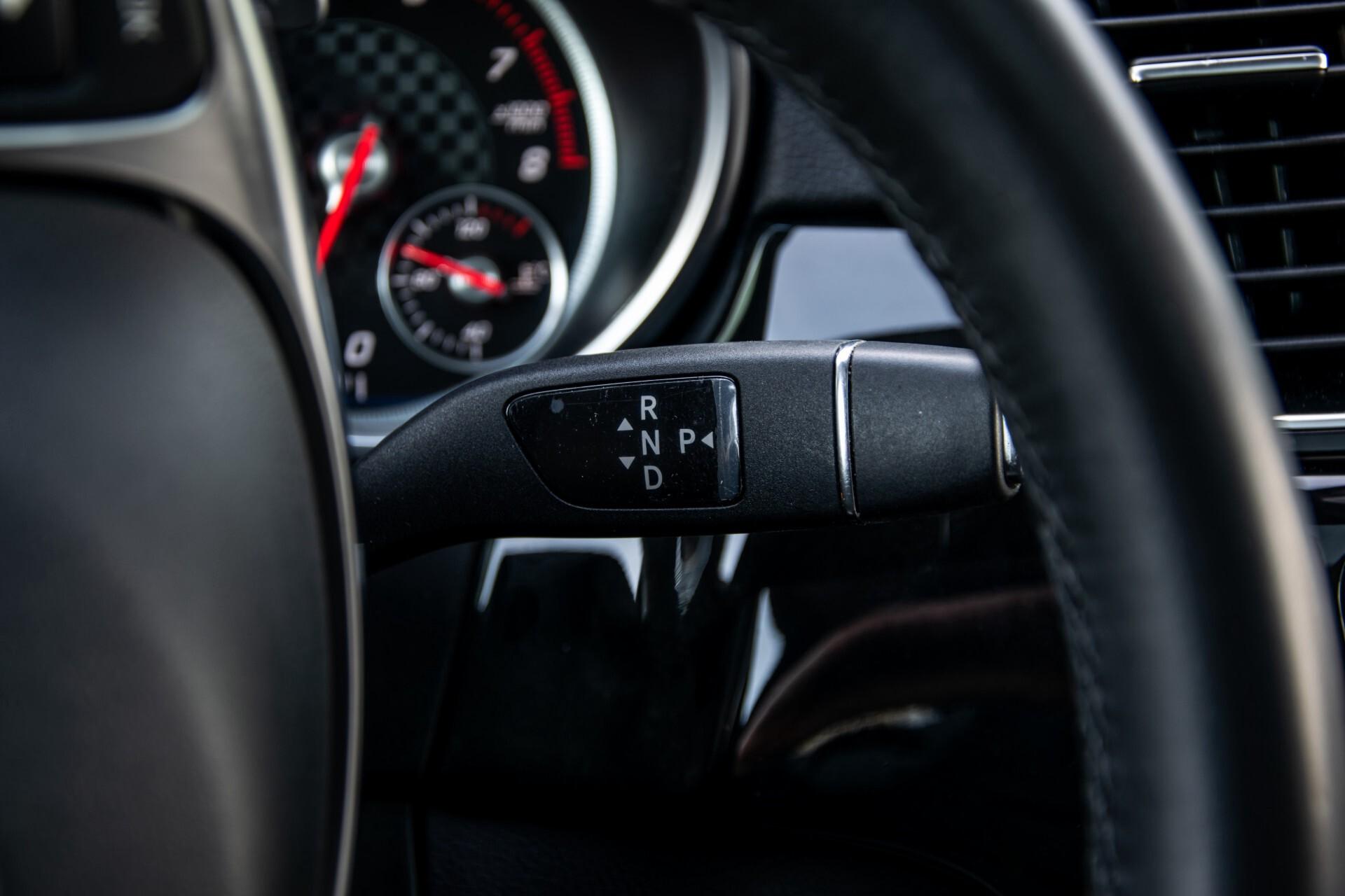 "Mercedes-Benz GLE 43 AMG 4-M Active Curve System/Distronic/Panorama/22"" Aut9 Foto 15"