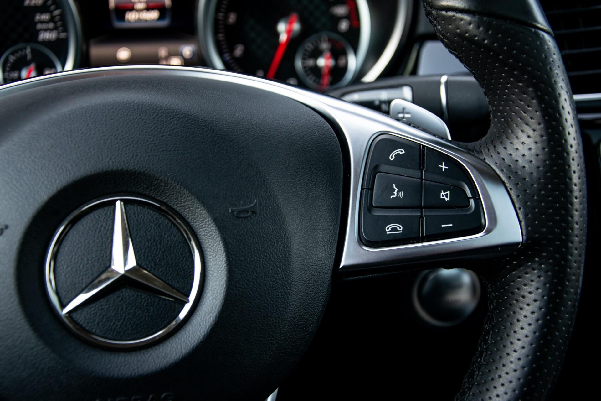 "Mercedes-Benz GLE 43 AMG 4-M Active Curve System/Distronic/Panorama/22"" Aut9 Foto 16"
