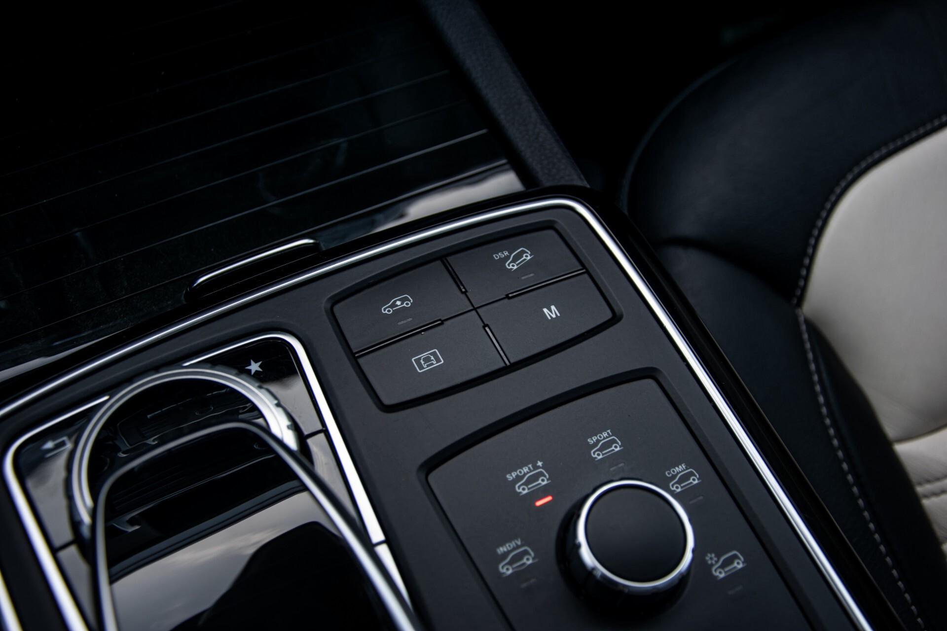 "Mercedes-Benz GLE 43 AMG 4-M Active Curve System/Distronic/Panorama/22"" Aut9 Foto 32"