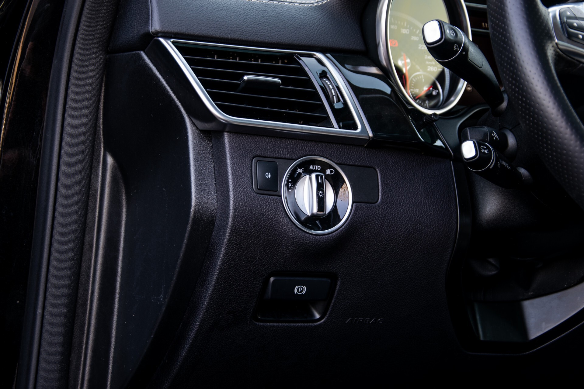 "Mercedes-Benz GLE 43 AMG 4-M Active Curve System/Distronic/Panorama/22"" Aut9 Foto 38"