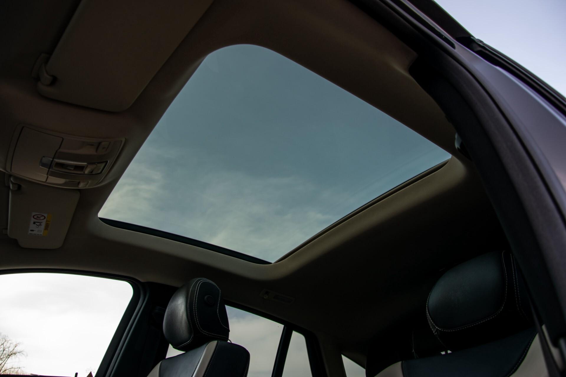 "Mercedes-Benz GLE 43 AMG 4-M Active Curve System/Distronic/Panorama/22"" Aut9 Foto 46"