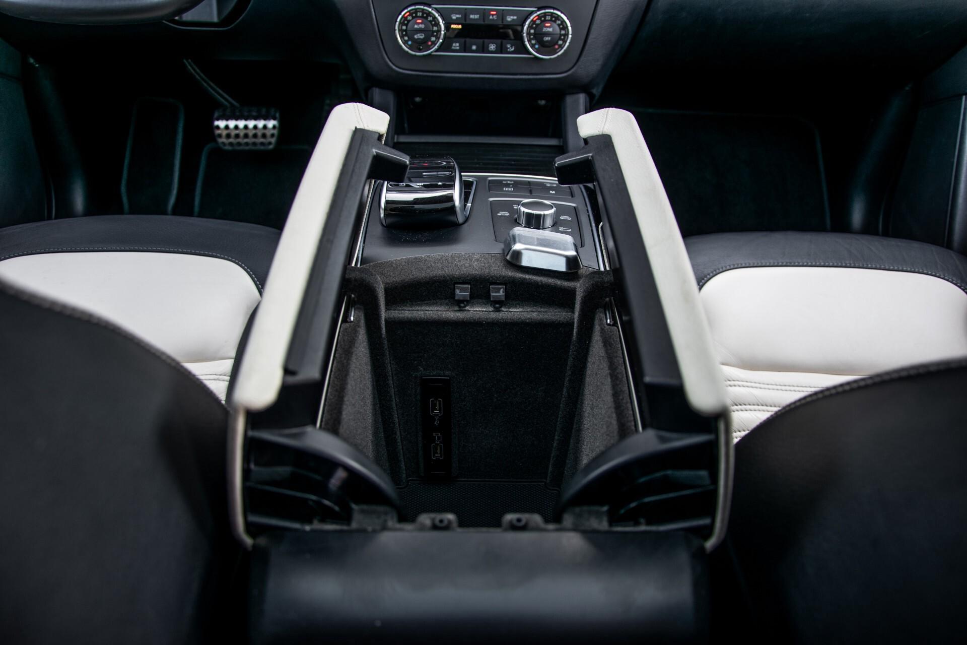 "Mercedes-Benz GLE 43 AMG 4-M Active Curve System/Distronic/Panorama/22"" Aut9 Foto 52"