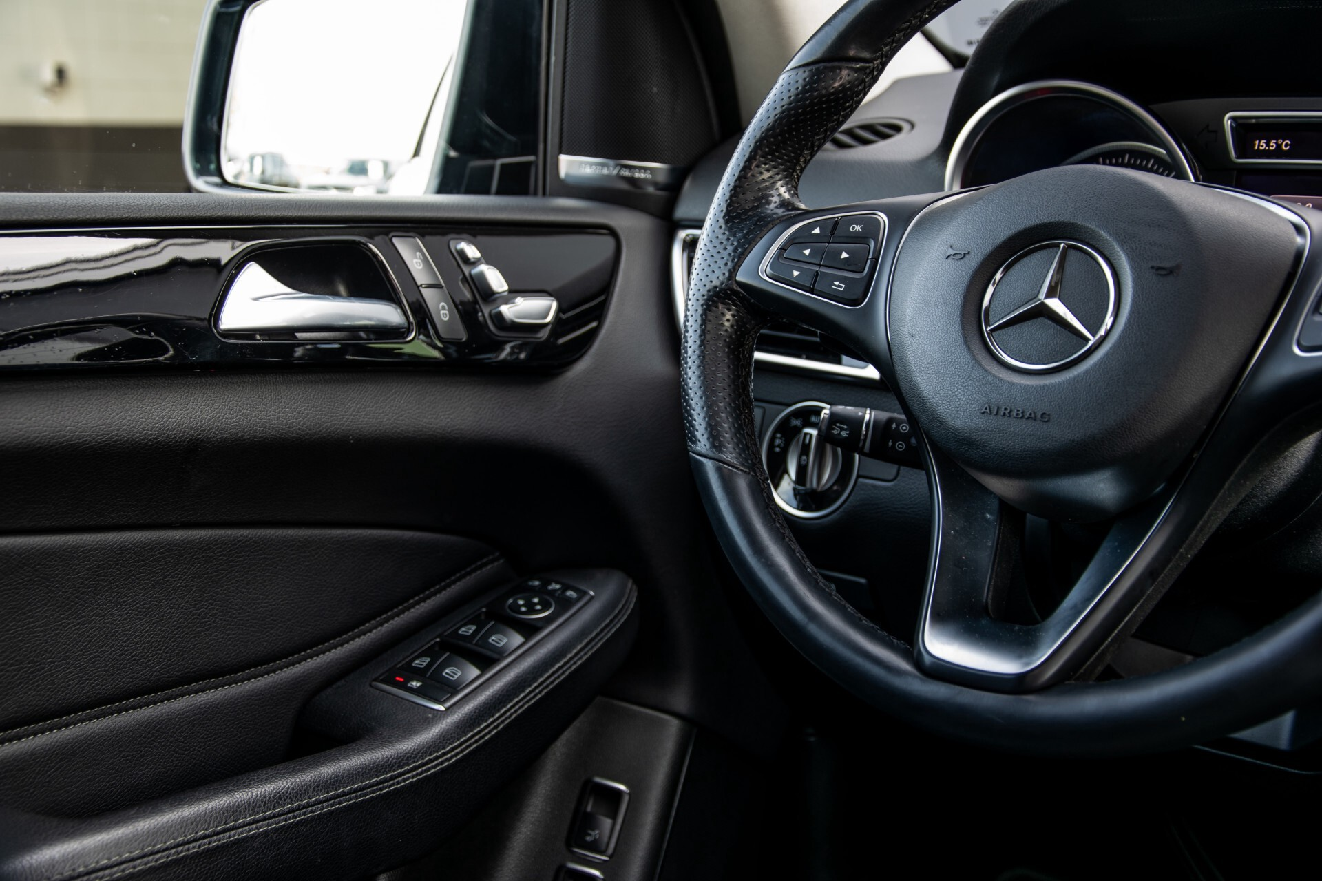 Mercedes-Benz GLE 350 d 4-M AMG Active Curve System/Panorama/Standkachel/Harman-Kardon/Trekhaak Aut9 Foto 26
