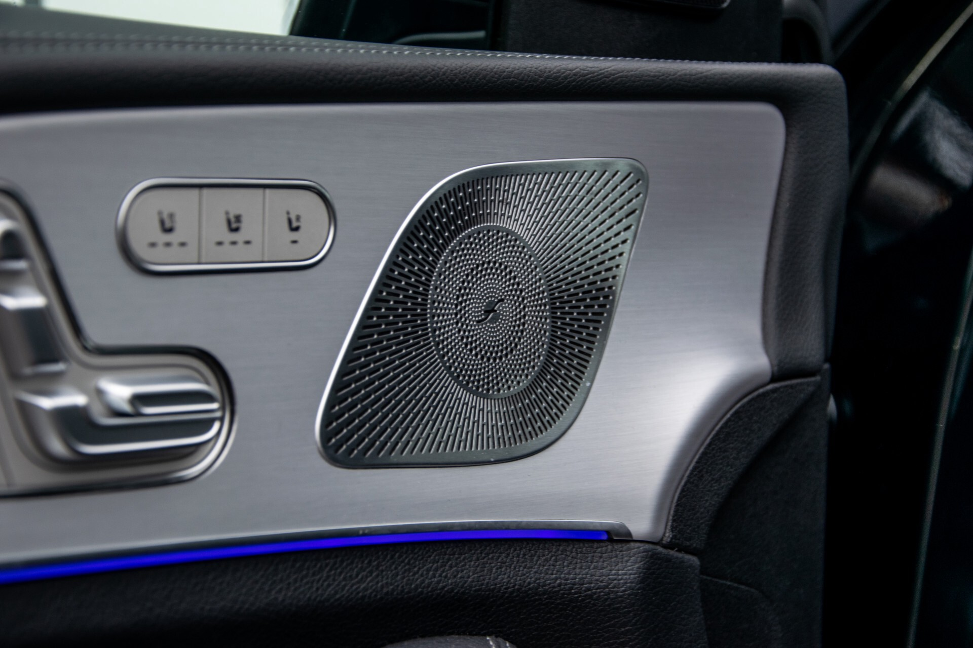 Mercedes-Benz GLE 450 4-M 7-Persoons AMG Massage/Rij-assist/Keyless/TV/360/Night/Trekhaak Aut9 Foto 31