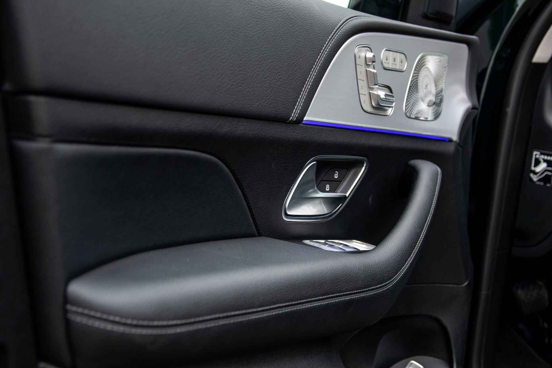 Mercedes-Benz GLE 450 4-M 7-Persoons AMG Massage/Rij-assist/Keyless/TV/360/Night/Trekhaak Aut9 Foto 35