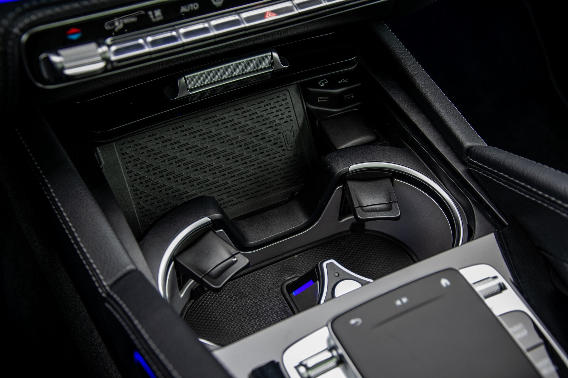 Mercedes-Benz GLE 450 4-M 7-Persoons AMG Massage/Rij-assist/Keyless/TV/360/Night/Trekhaak Aut9 Foto 61