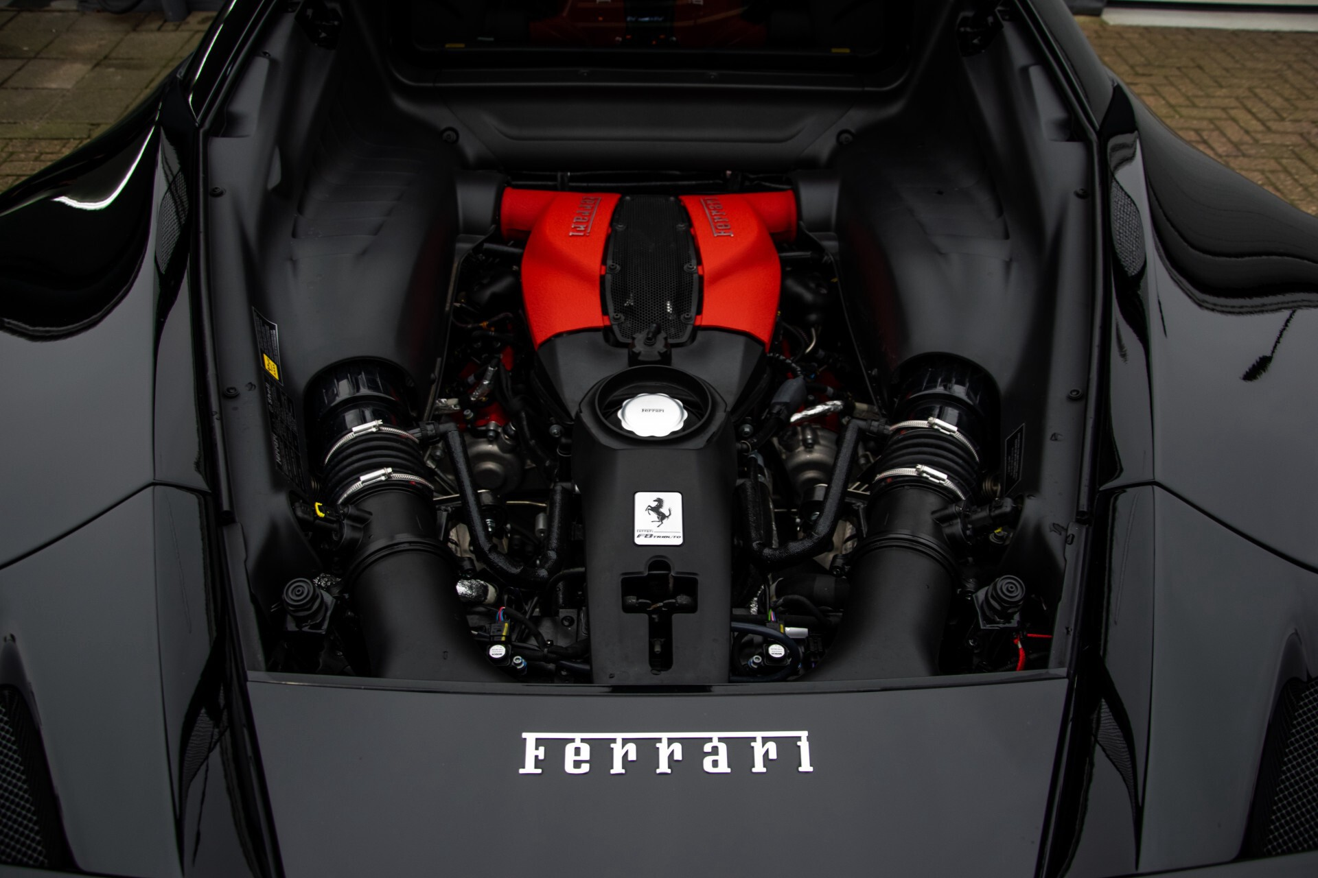 Ferrari F8 Tributo 3.9 V8 HELE Novitech Full Carbon/Lift/Racing Seats/Passenger Display/Hifi Foto 52