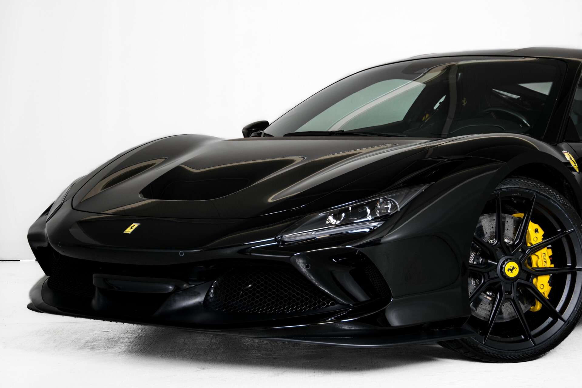 Ferrari F8 Tributo 3.9 V8 HELE Novitech Full Carbon/Lift/Racing Seats/Passenger Display/Hifi Foto 56