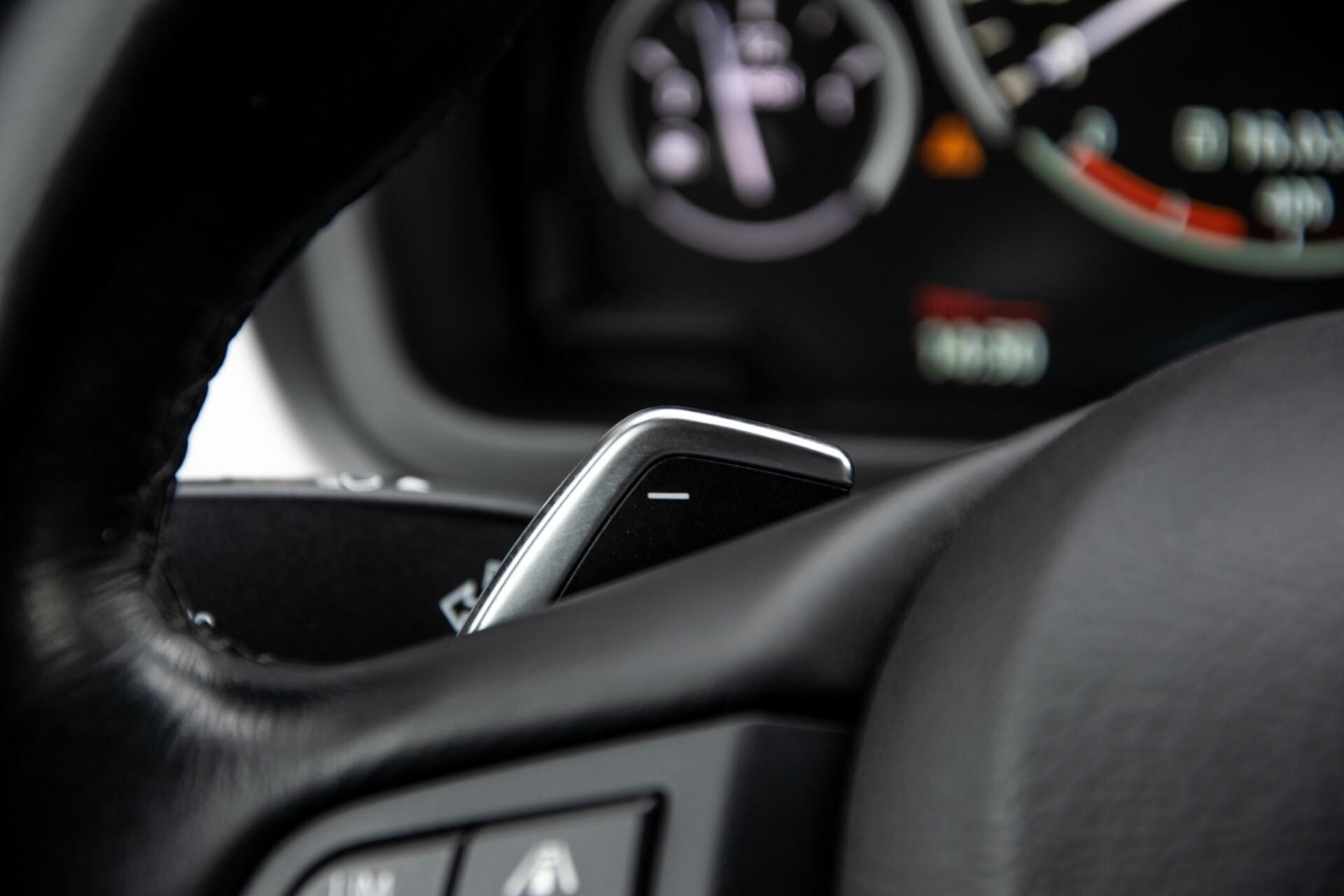 BMW X6 xDrive30d High Executive Driving Assistant/Dak/Comfortstoelen/Trekhaak Aut8 Foto 12