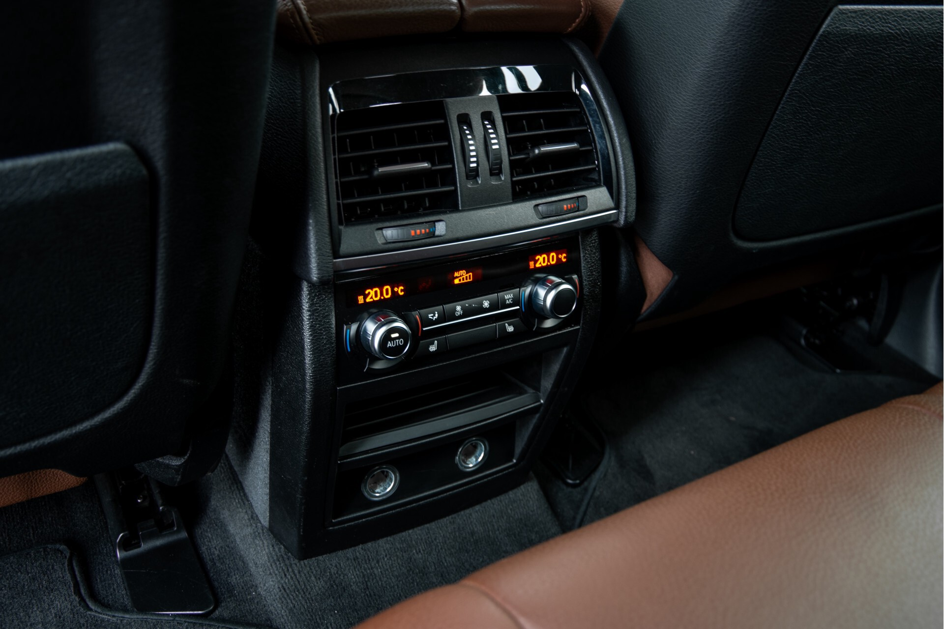 BMW X6 xDrive30d High Executive Driving Assistant/Dak/Comfortstoelen/Trekhaak Aut8 Foto 29