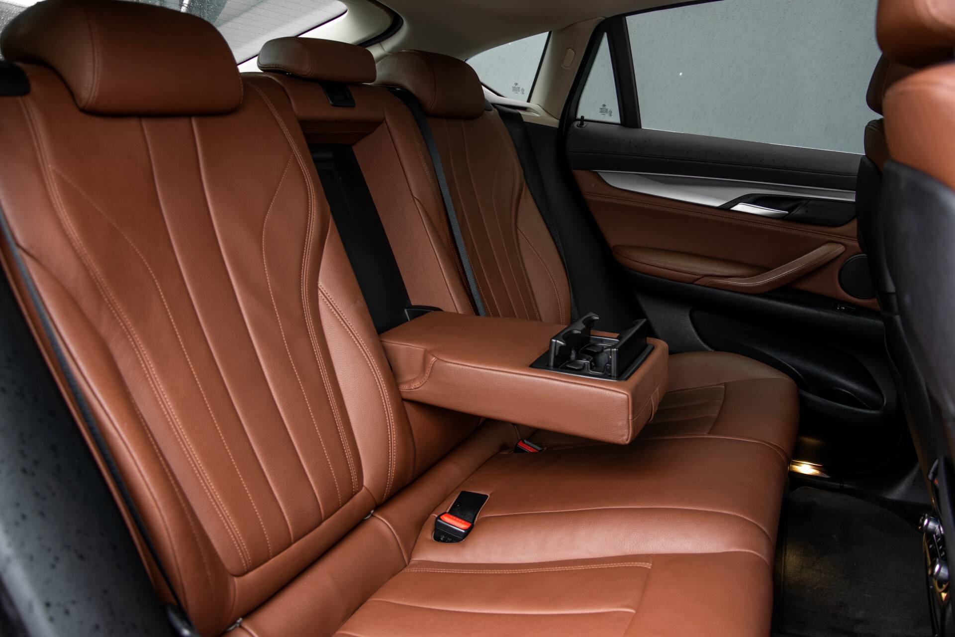BMW X6 xDrive30d High Executive Driving Assistant/Dak/Comfortstoelen/Trekhaak Aut8 Foto 4