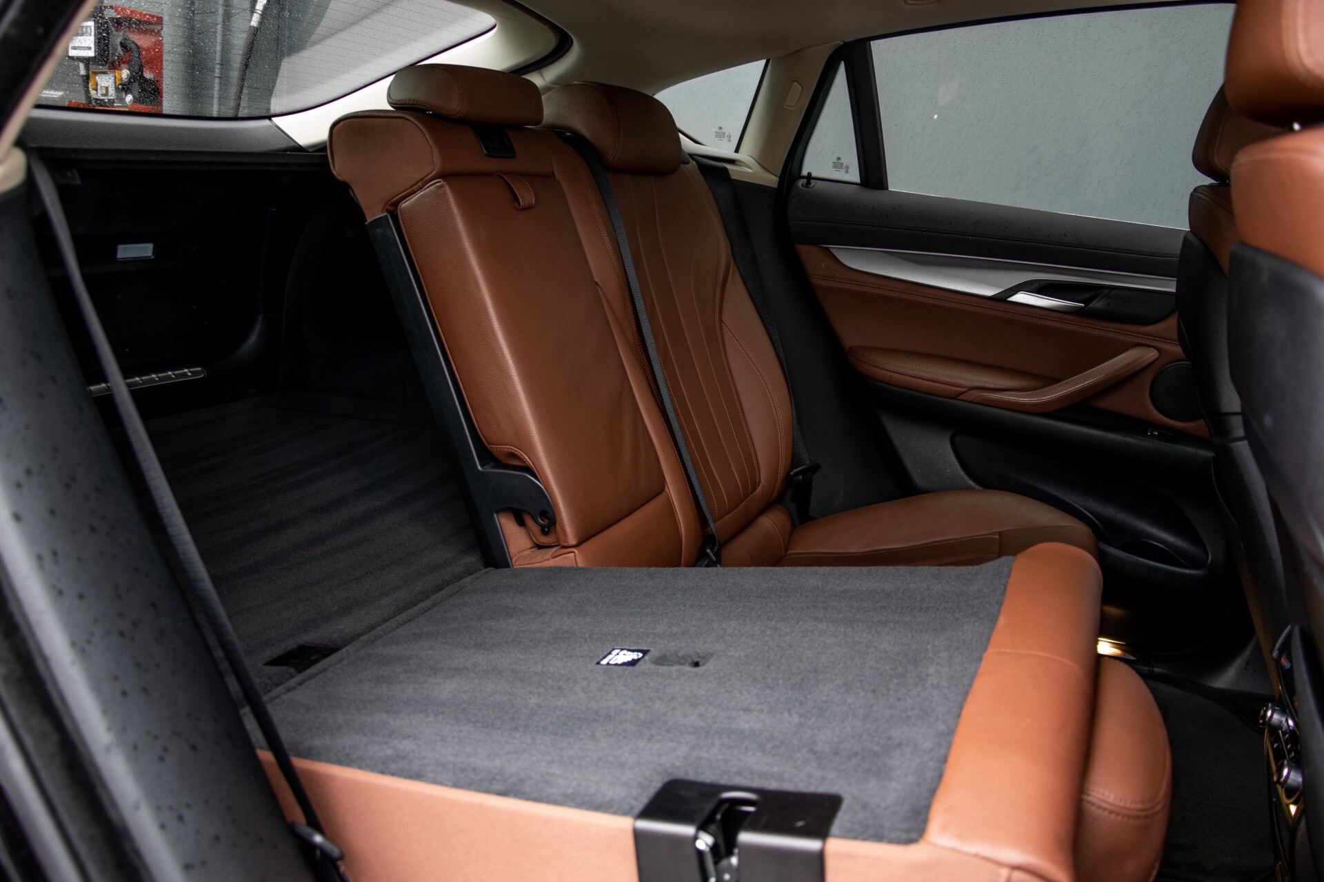 BMW X6 xDrive30d High Executive Driving Assistant/Dak/Comfortstoelen/Trekhaak Aut8 Foto 6