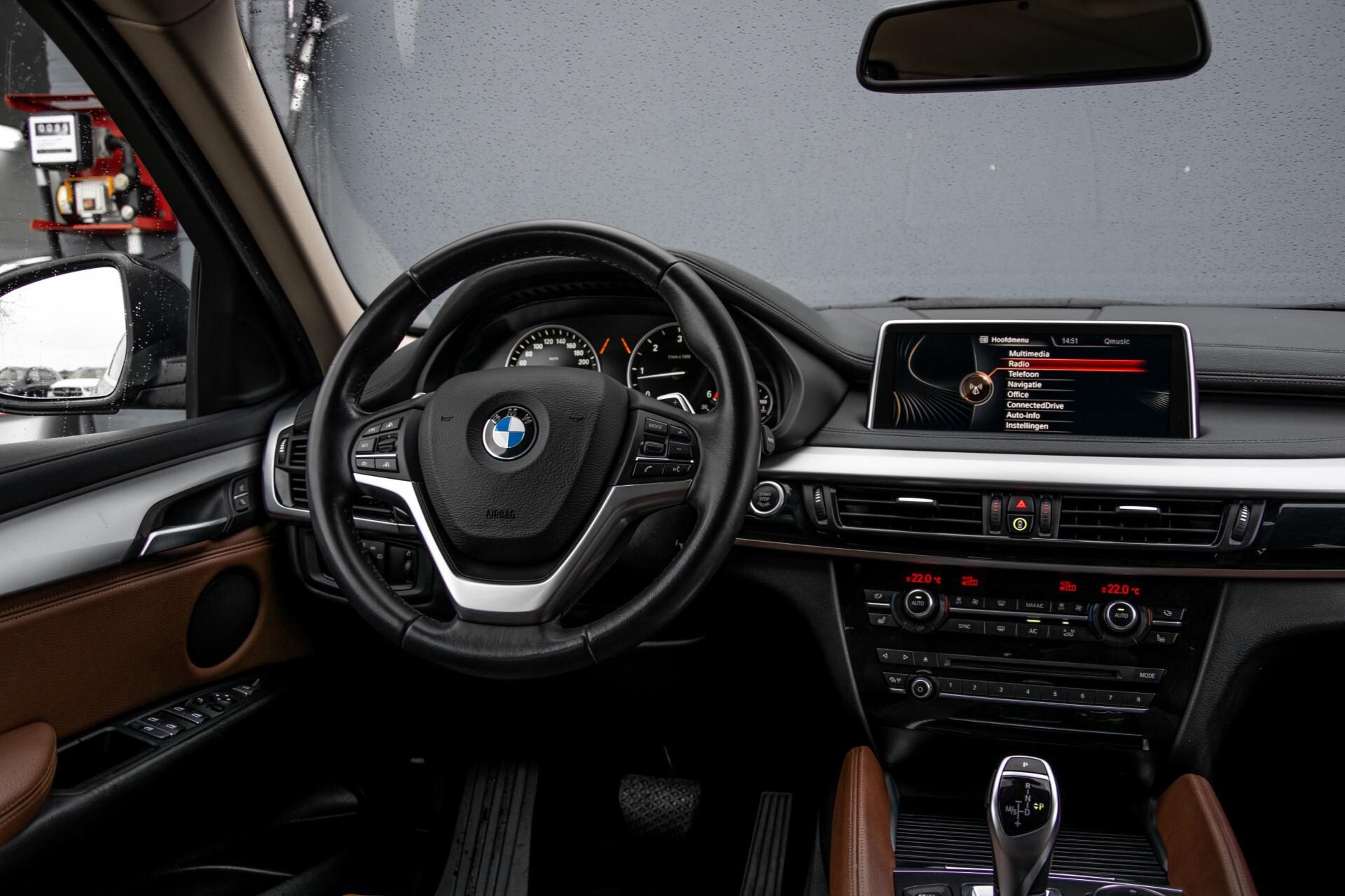 BMW X6 xDrive30d High Executive Driving Assistant/Dak/Comfortstoelen/Trekhaak Aut8 Foto 7