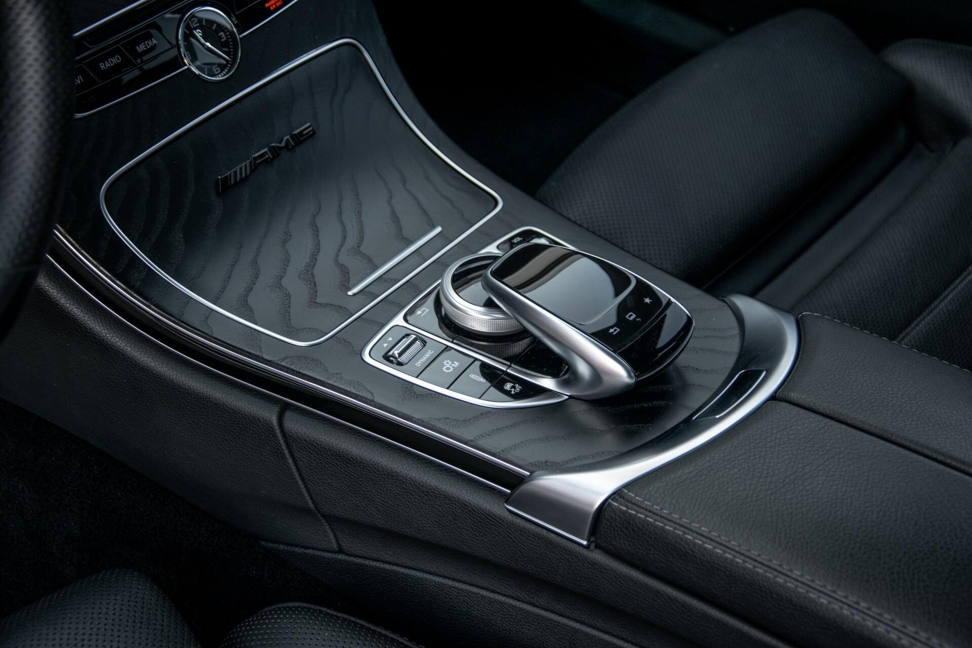 Mercedes-Benz C-Klasse 450/43 AMG 4-M Distronic/Standkachel/Panorama/Keyless/Harman-Kardon/Stoelkoeling Aut7 Foto 18