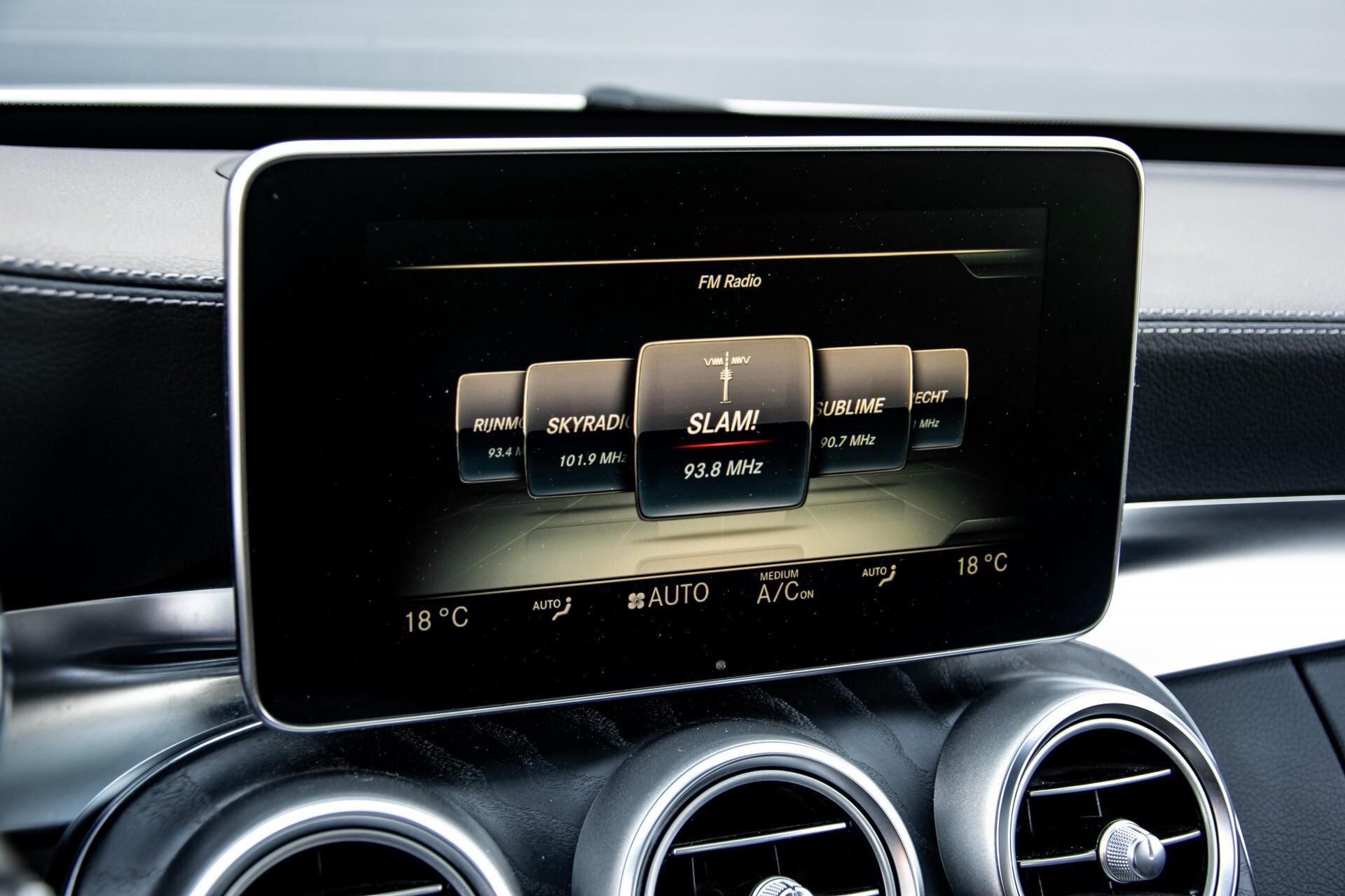 Mercedes-Benz C-Klasse 450/43 AMG 4-M Distronic/Standkachel/Panorama/Keyless/Harman-Kardon/Stoelkoeling Aut7 Foto 19