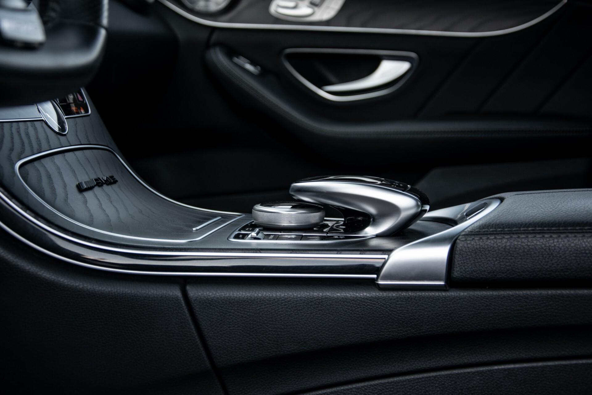 Mercedes-Benz C-Klasse 450/43 AMG 4-M Distronic/Standkachel/Panorama/Keyless/Harman-Kardon/Stoelkoeling Aut7 Foto 20