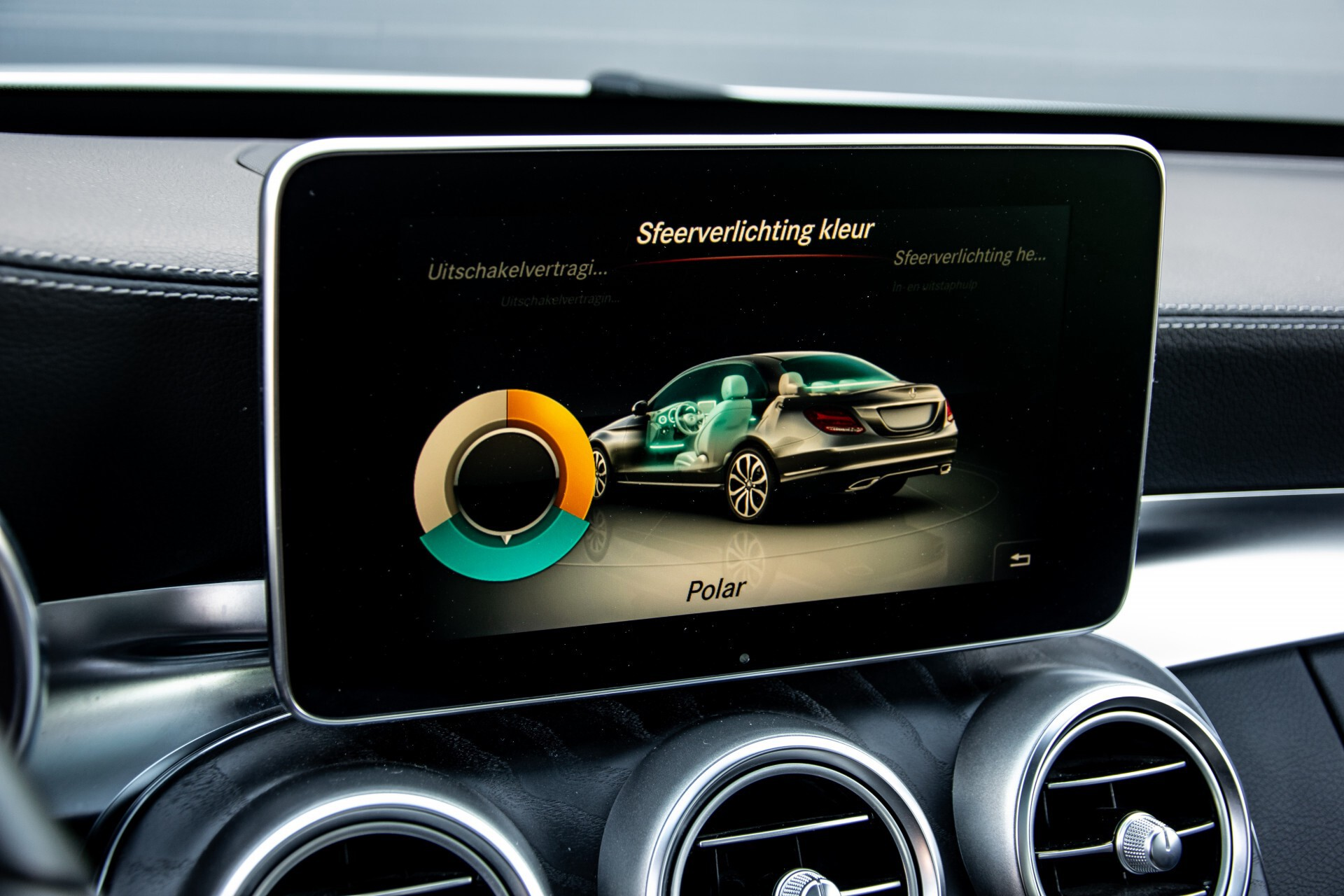 Mercedes-Benz C-Klasse 450/43 AMG 4-M Distronic/Standkachel/Panorama/Keyless/Harman-Kardon/Stoelkoeling Aut7 Foto 25