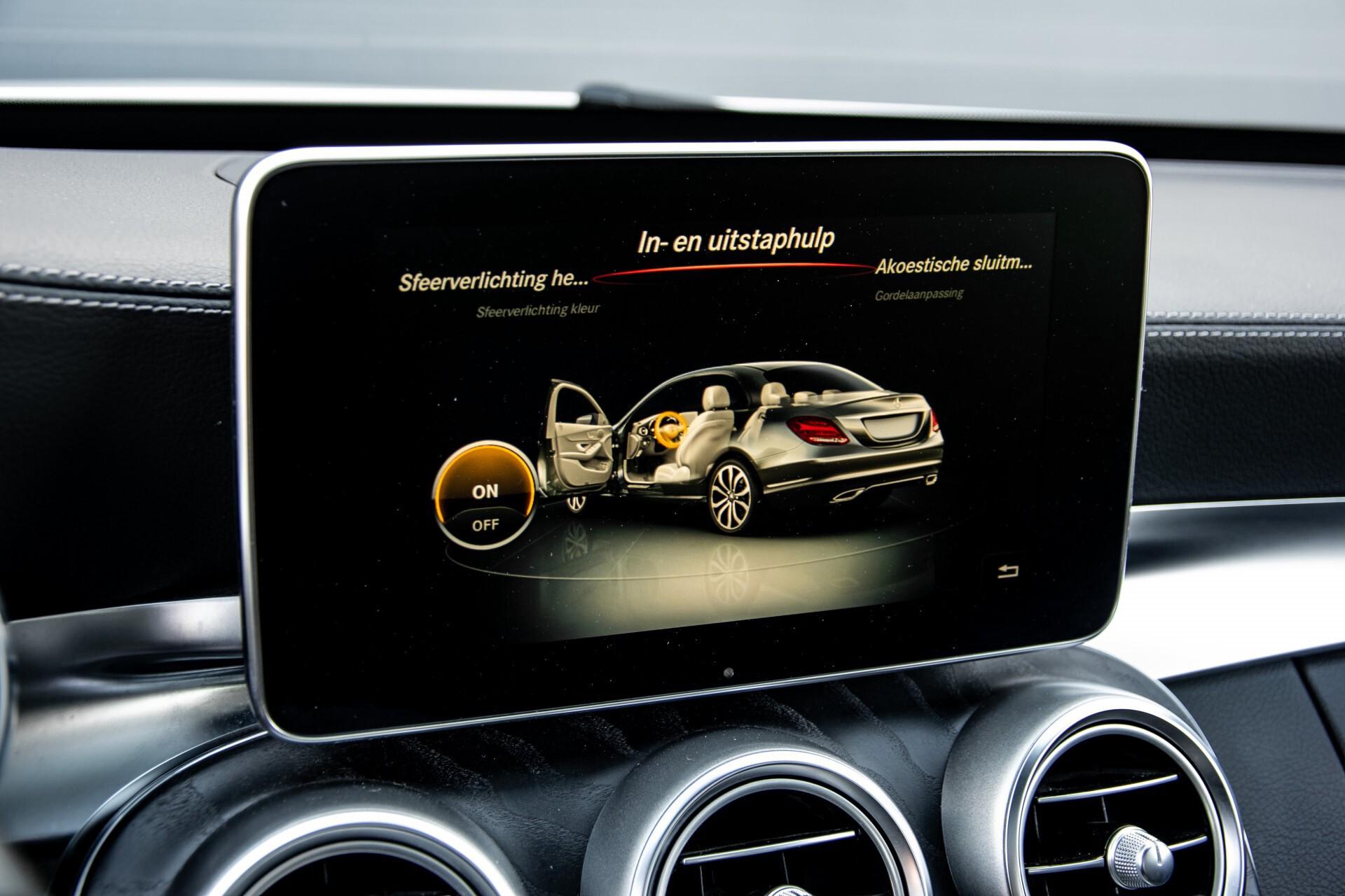 Mercedes-Benz C-Klasse 450/43 AMG 4-M Distronic/Standkachel/Panorama/Keyless/Harman-Kardon/Stoelkoeling Aut7 Foto 27