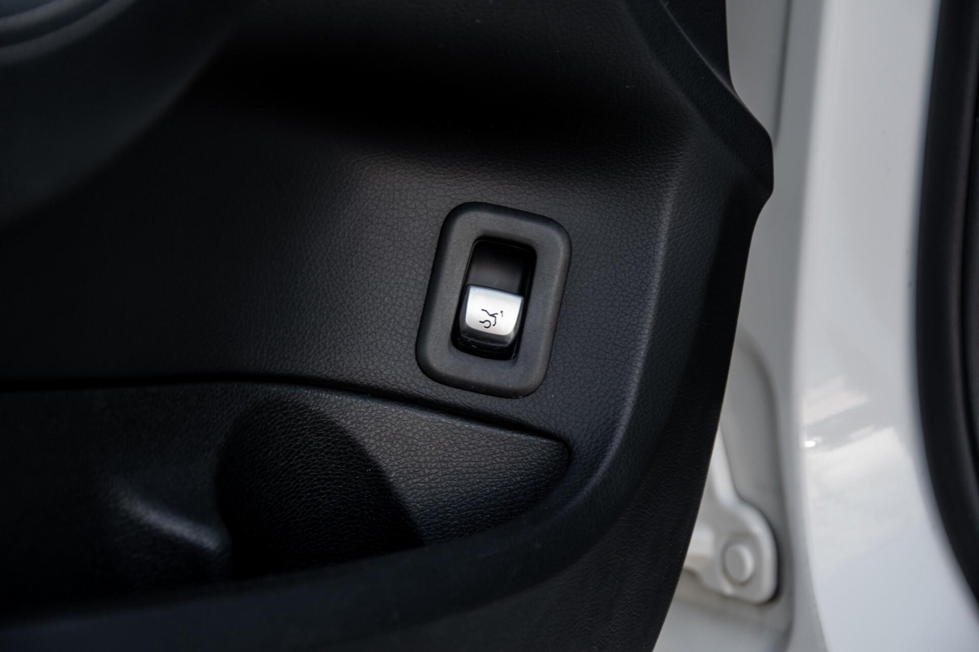 Mercedes-Benz C-Klasse 450/43 AMG 4-M Distronic/Standkachel/Panorama/Keyless/Harman-Kardon/Stoelkoeling Aut7 Foto 28