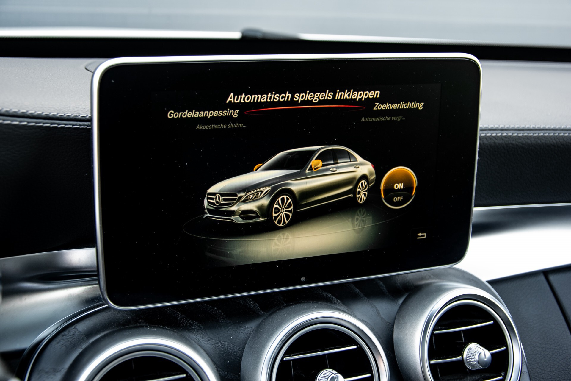 Mercedes-Benz C-Klasse 450/43 AMG 4-M Distronic/Standkachel/Panorama/Keyless/Harman-Kardon/Stoelkoeling Aut7 Foto 32
