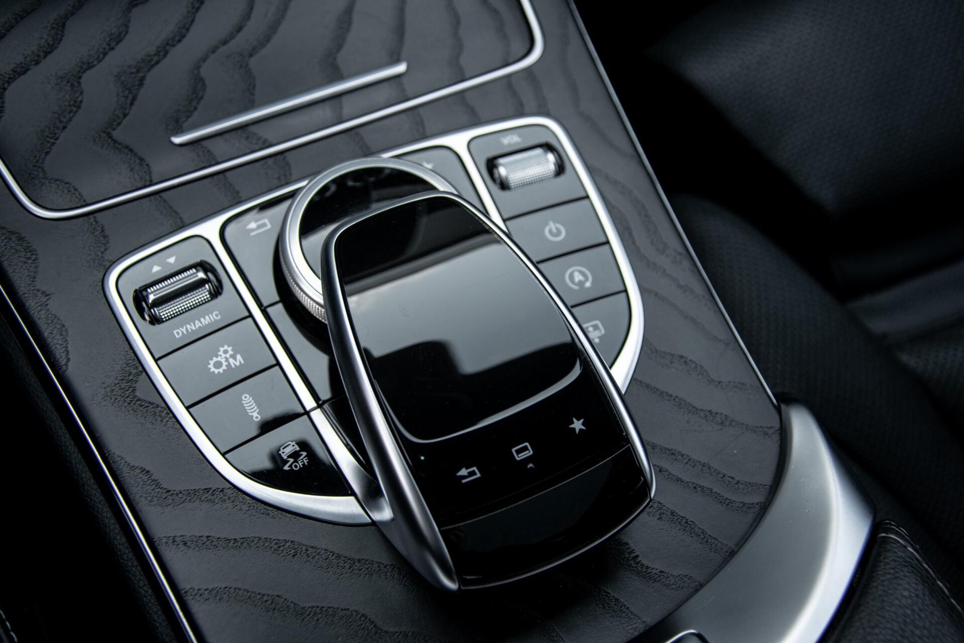 Mercedes-Benz C-Klasse 450/43 AMG 4-M Distronic/Standkachel/Panorama/Keyless/Harman-Kardon/Stoelkoeling Aut7 Foto 41