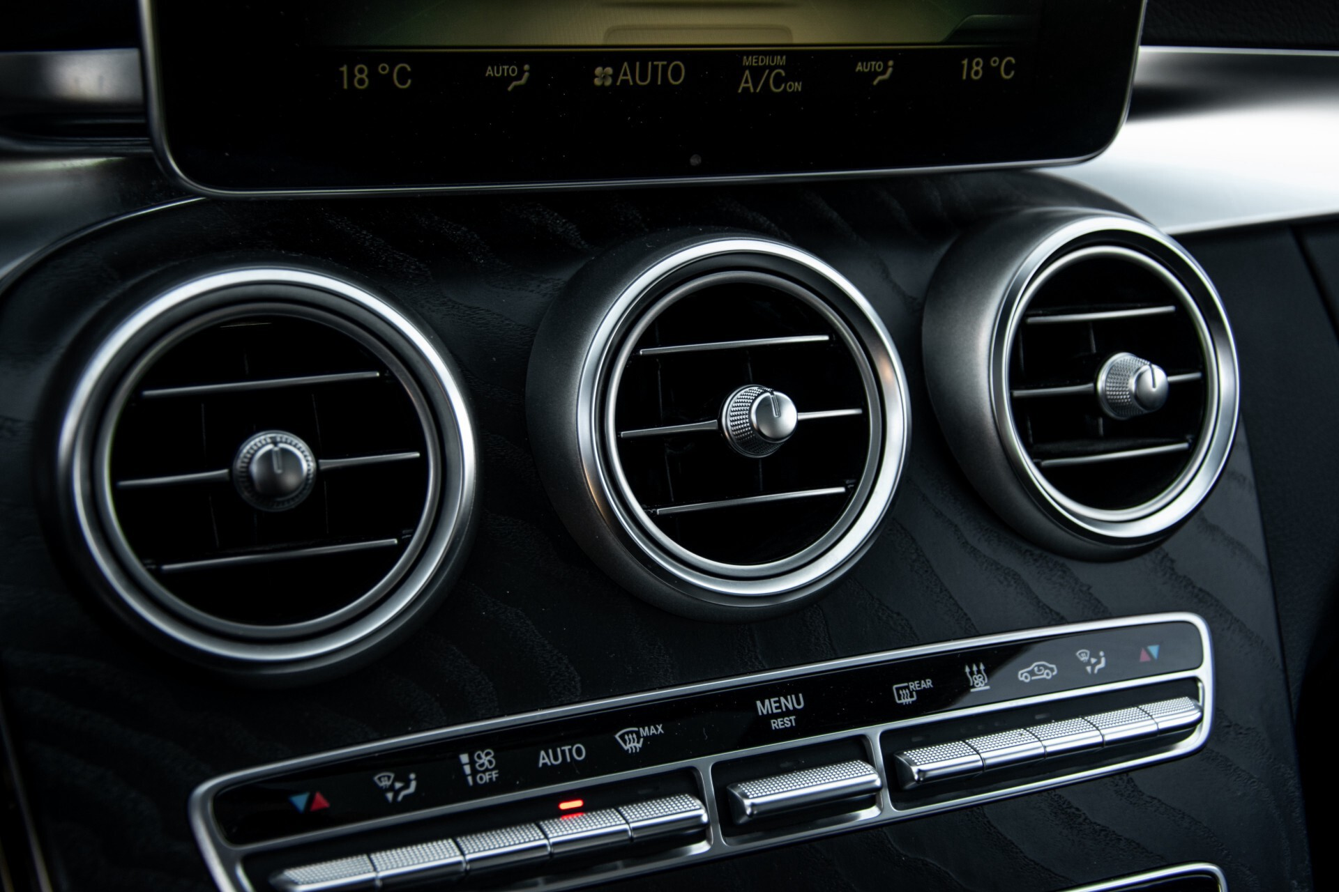 Mercedes-Benz C-Klasse 450/43 AMG 4-M Distronic/Standkachel/Panorama/Keyless/Harman-Kardon/Stoelkoeling Aut7 Foto 46