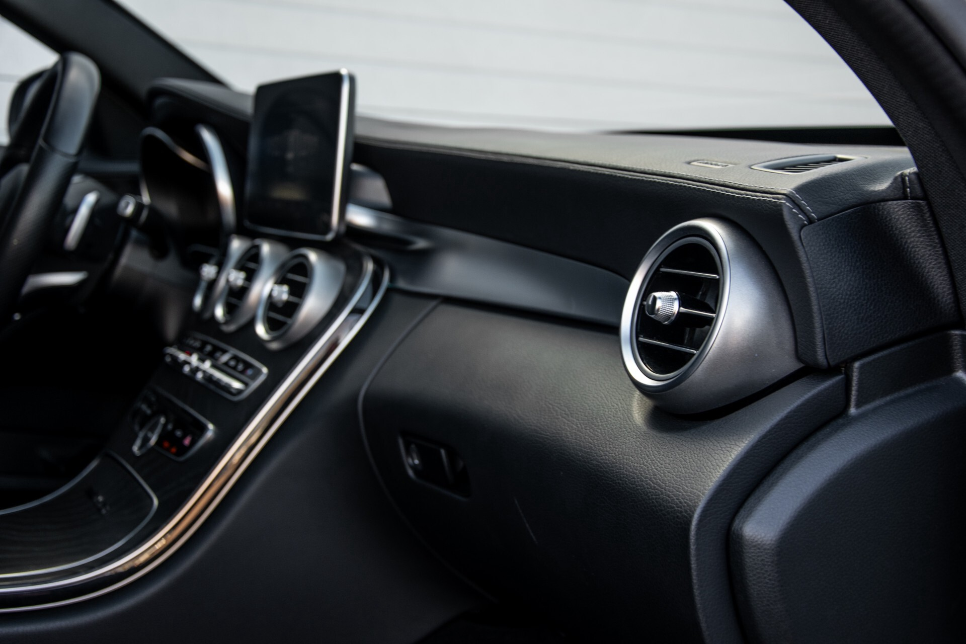 Mercedes-Benz C-Klasse 450/43 AMG 4-M Distronic/Standkachel/Panorama/Keyless/Harman-Kardon/Stoelkoeling Aut7 Foto 49