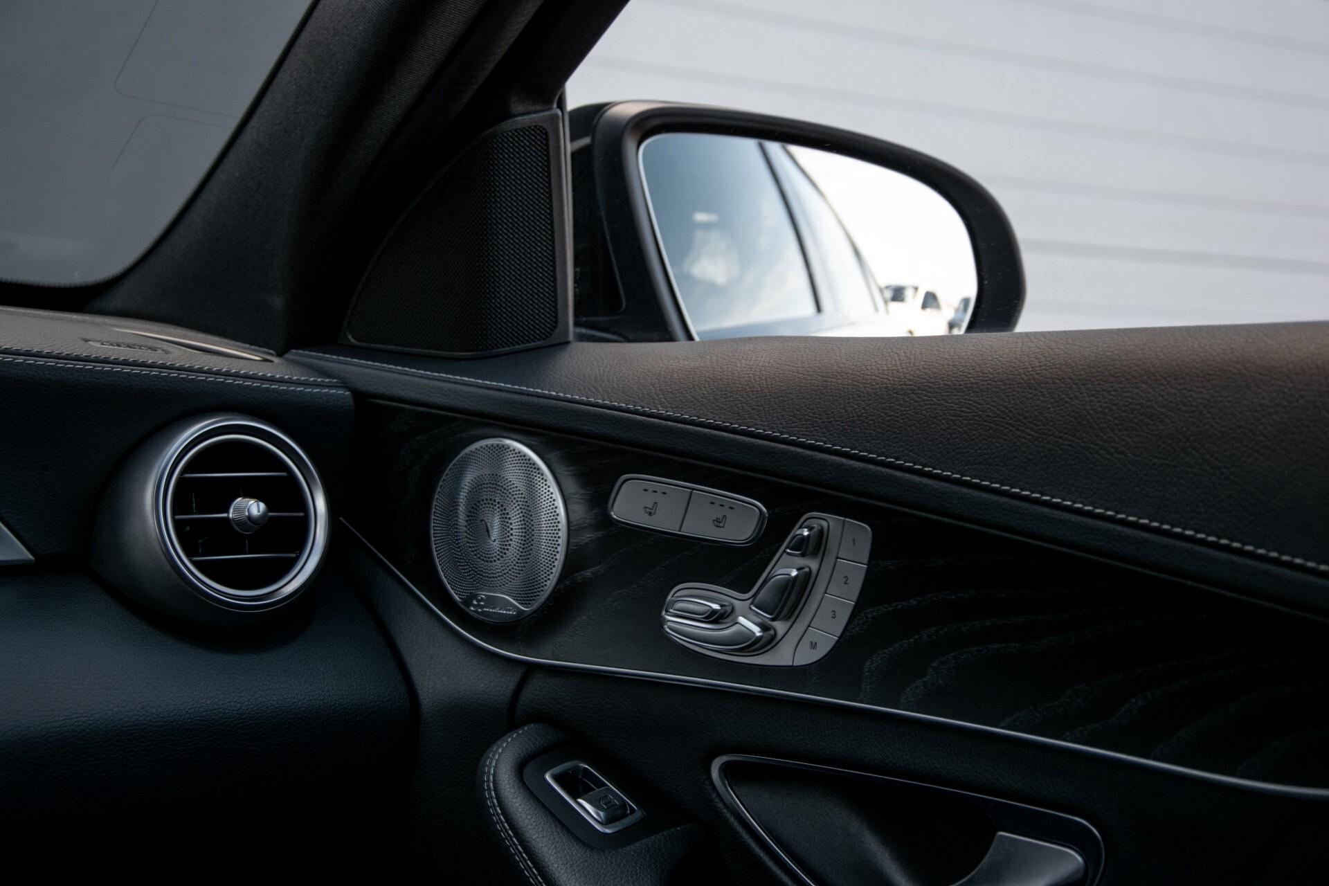 Mercedes-Benz C-Klasse 450/43 AMG 4-M Distronic/Standkachel/Panorama/Keyless/Harman-Kardon/Stoelkoeling Aut7 Foto 52