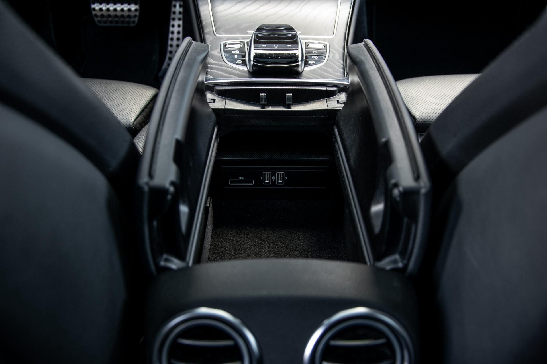 Mercedes-Benz C-Klasse 450/43 AMG 4-M Distronic/Standkachel/Panorama/Keyless/Harman-Kardon/Stoelkoeling Aut7 Foto 53