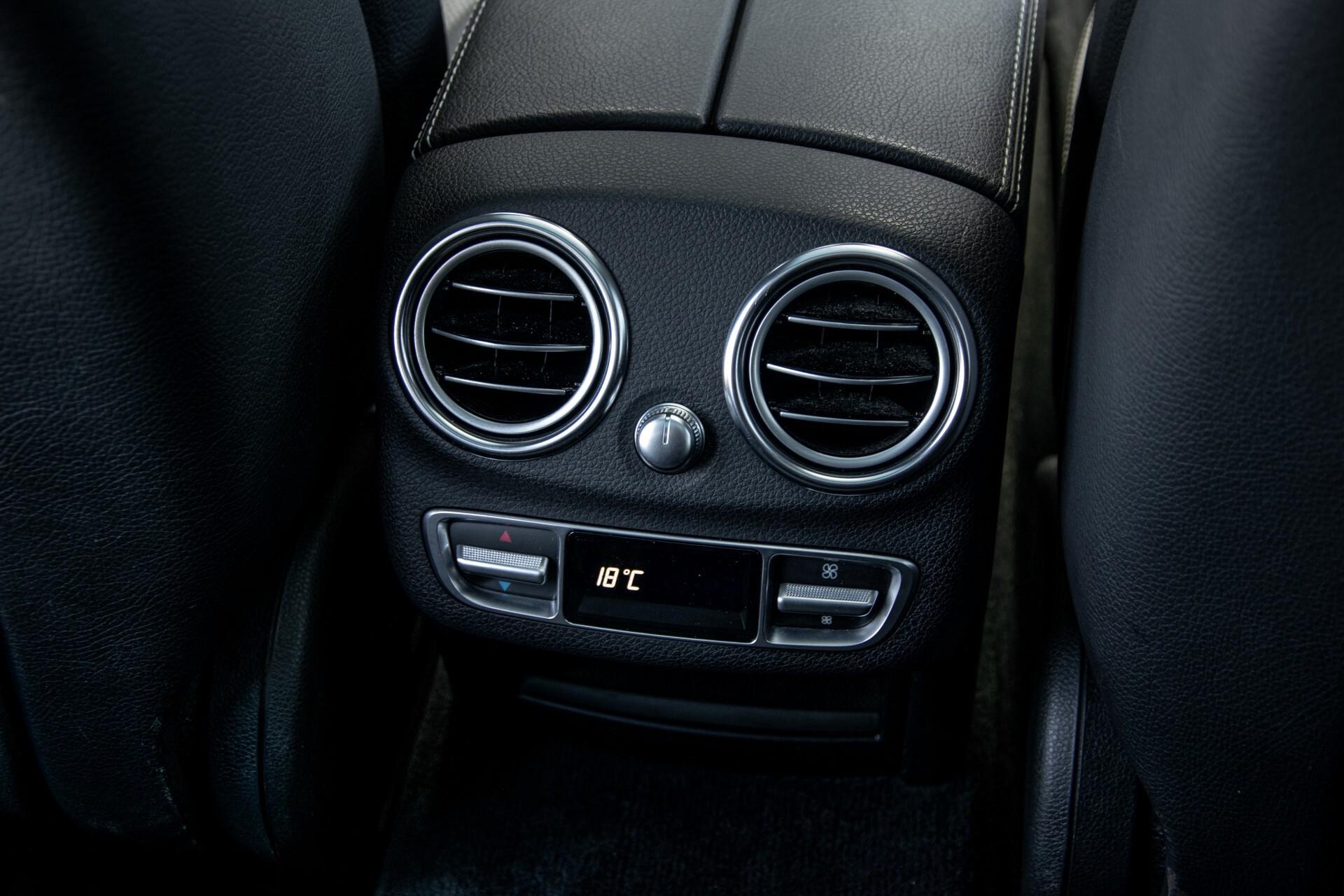 Mercedes-Benz C-Klasse 450/43 AMG 4-M Distronic/Standkachel/Panorama/Keyless/Harman-Kardon/Stoelkoeling Aut7 Foto 54