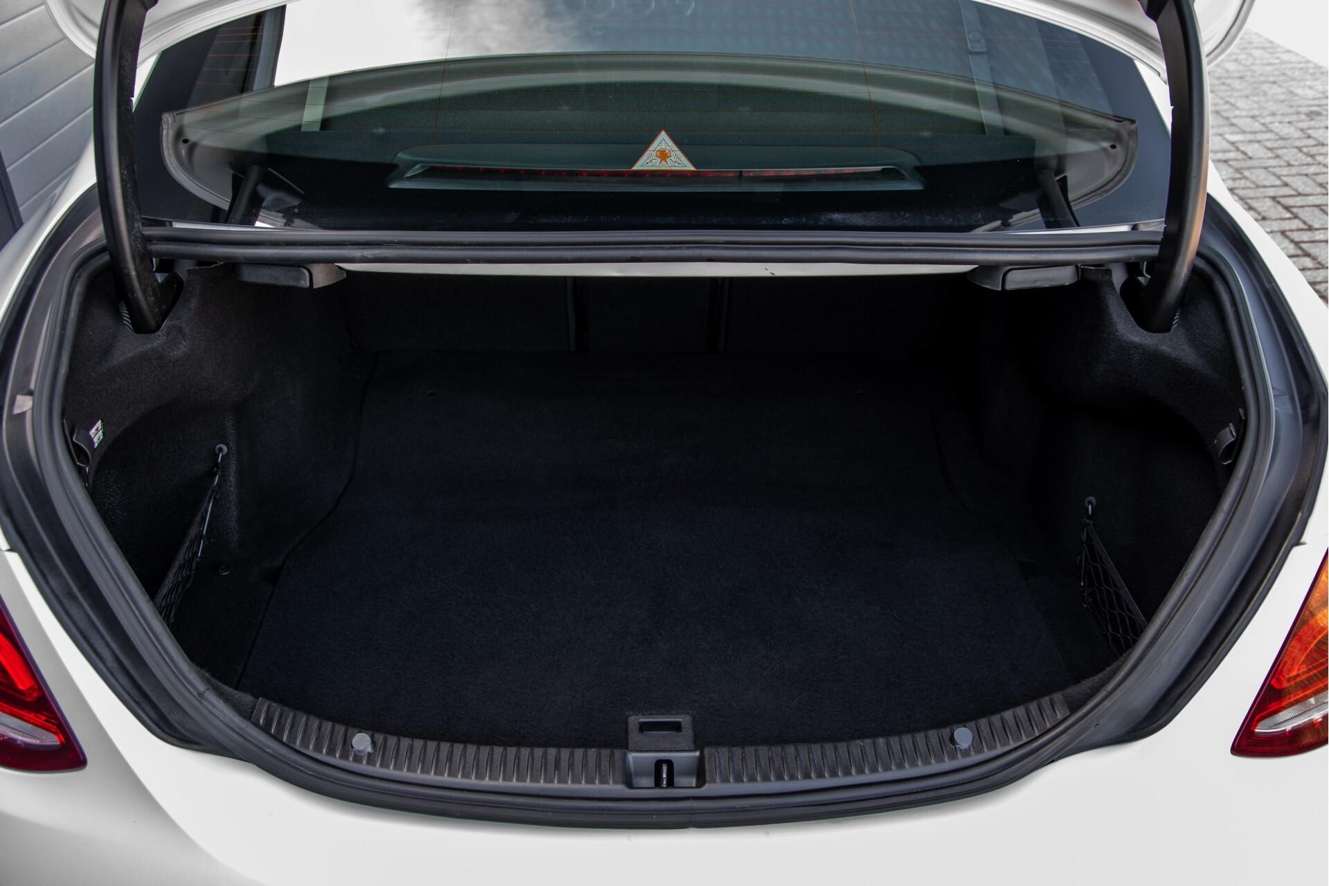 Mercedes-Benz C-Klasse 450/43 AMG 4-M Distronic/Standkachel/Panorama/Keyless/Harman-Kardon/Stoelkoeling Aut7 Foto 57