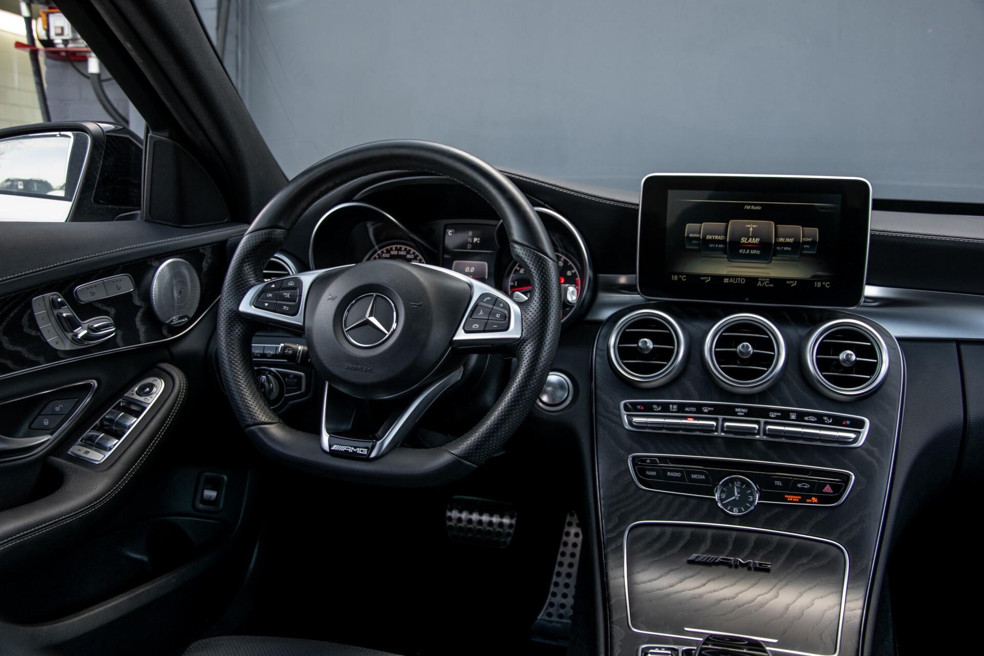 Mercedes-Benz C-Klasse 450/43 AMG 4-M Distronic/Standkachel/Panorama/Keyless/Harman-Kardon/Stoelkoeling Aut7 Foto 6
