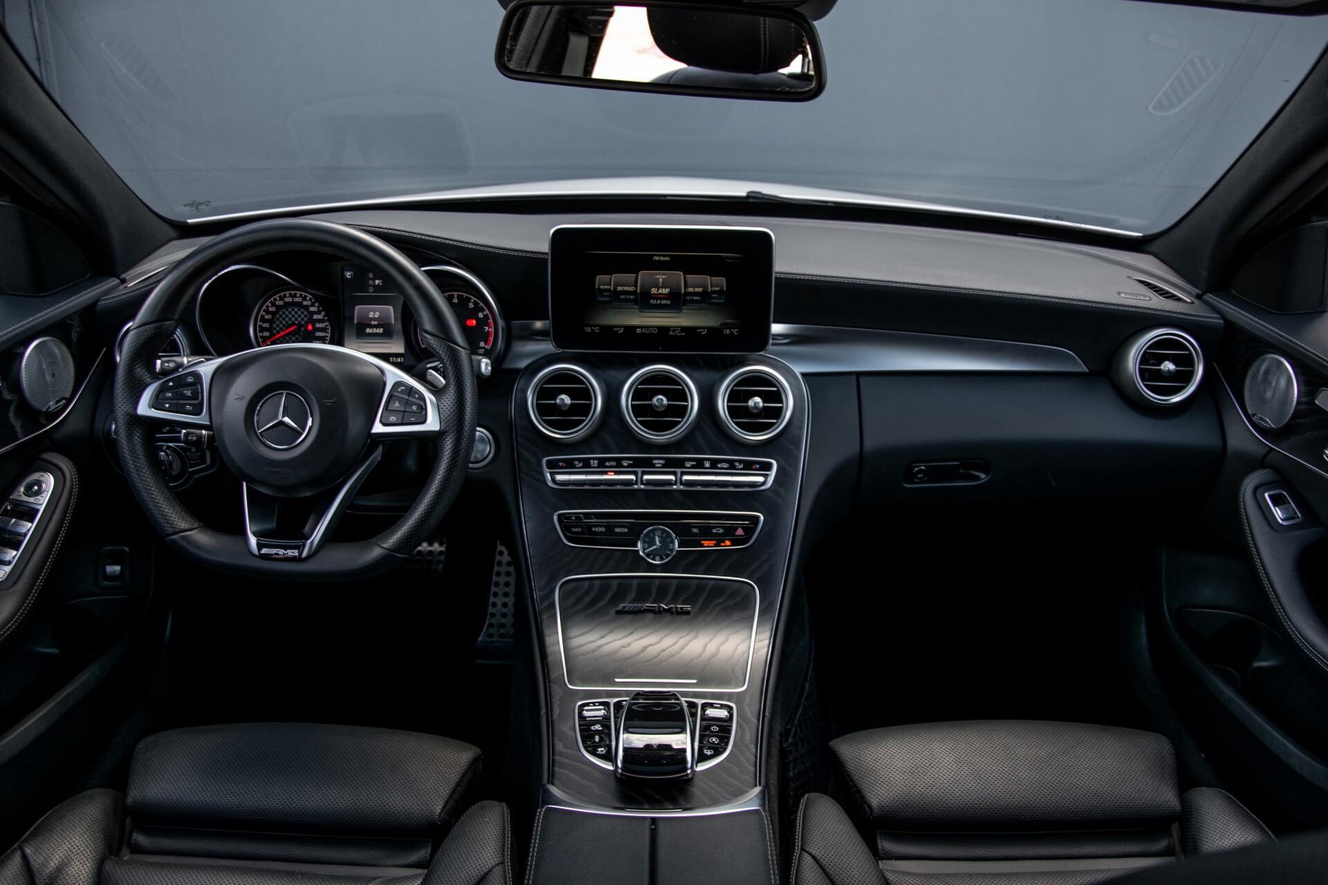 Mercedes-Benz C-Klasse 450/43 AMG 4-M Distronic/Standkachel/Panorama/Keyless/Harman-Kardon/Stoelkoeling Aut7 Foto 8