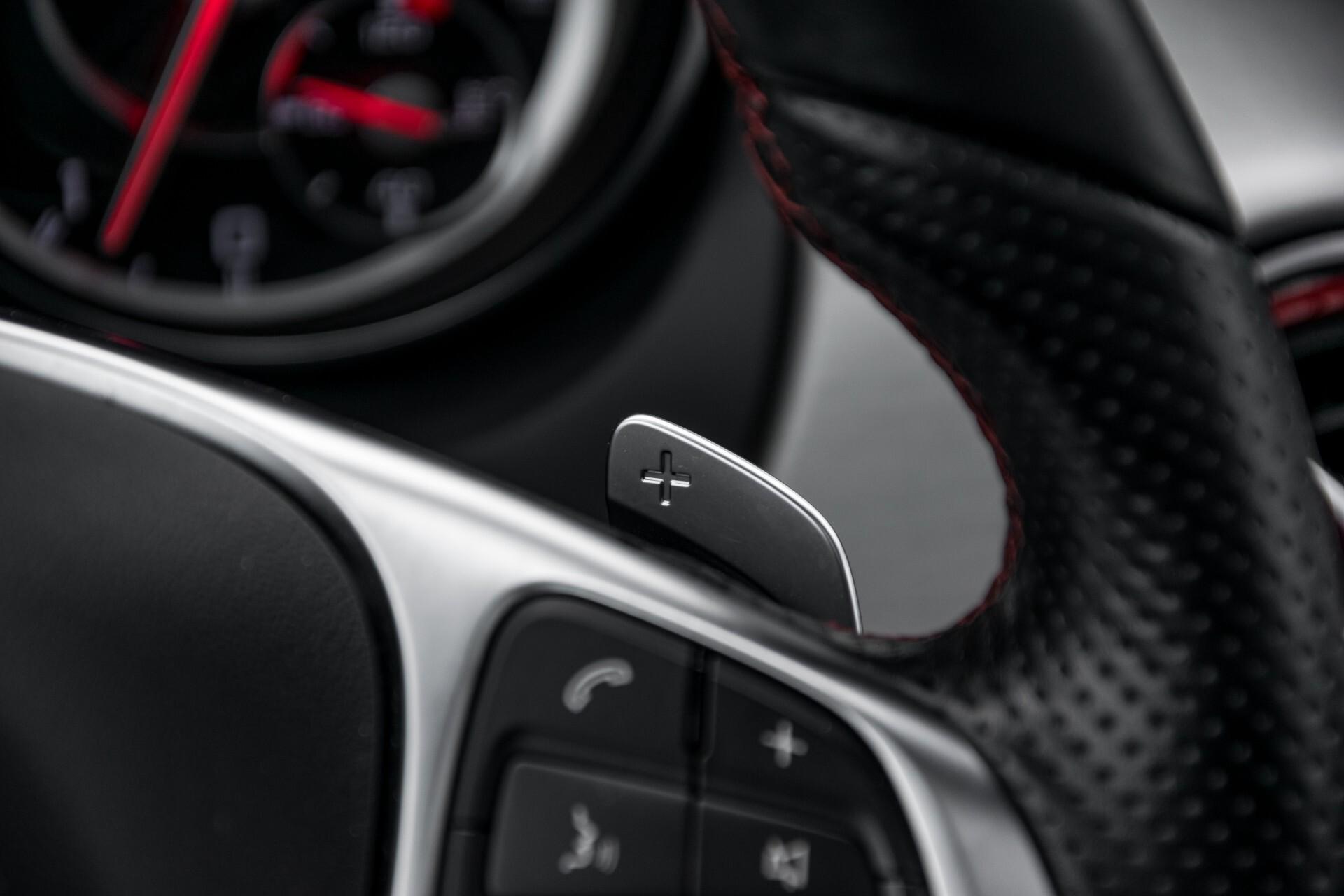 """Mercedes-Benz CLA-Klasse Shooting Brake 45 AMG 4-M Performance Stoelen/Uitlaat/19"""" velgen/Exclusive/Panorama Aut7 Foto 13"""