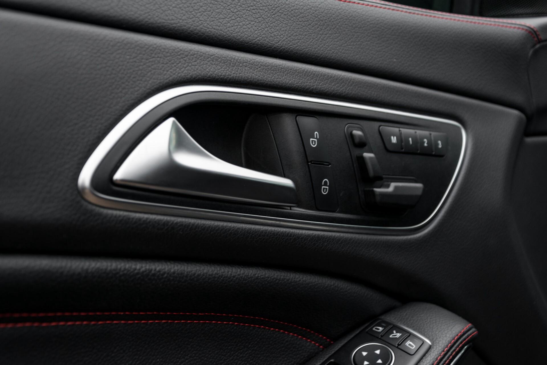 """Mercedes-Benz CLA-Klasse Shooting Brake 45 AMG 4-M Performance Stoelen/Uitlaat/19"""" velgen/Exclusive/Panorama Aut7 Foto 23"""