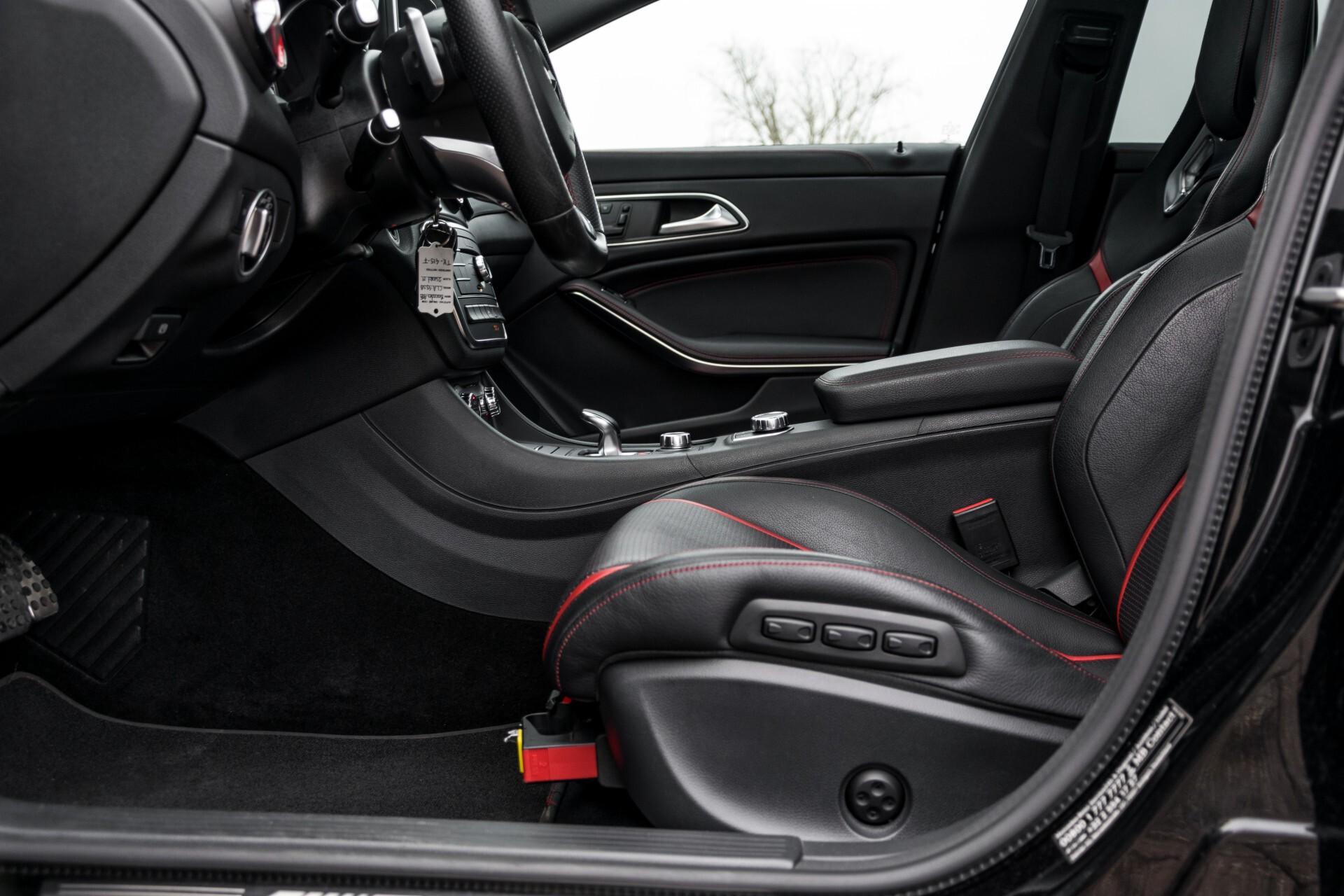 """Mercedes-Benz CLA-Klasse Shooting Brake 45 AMG 4-M Performance Stoelen/Uitlaat/19"""" velgen/Exclusive/Panorama Aut7 Foto 29"""