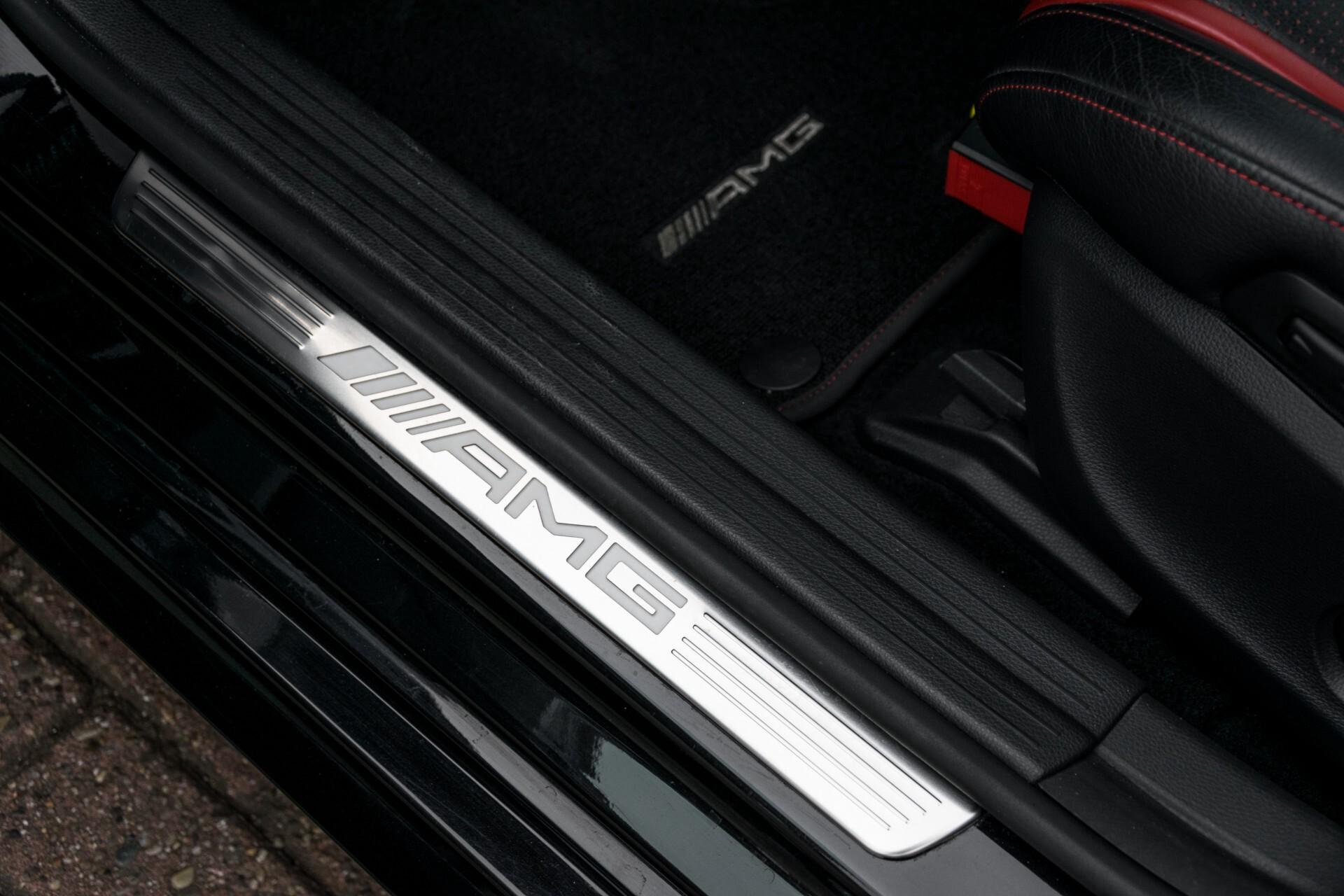 """Mercedes-Benz CLA-Klasse Shooting Brake 45 AMG 4-M Performance Stoelen/Uitlaat/19"""" velgen/Exclusive/Panorama Aut7 Foto 33"""