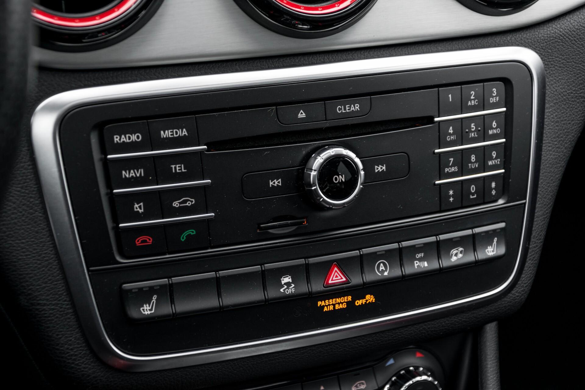 """Mercedes-Benz CLA-Klasse Shooting Brake 45 AMG 4-M Performance Stoelen/Uitlaat/19"""" velgen/Exclusive/Panorama Aut7 Foto 35"""