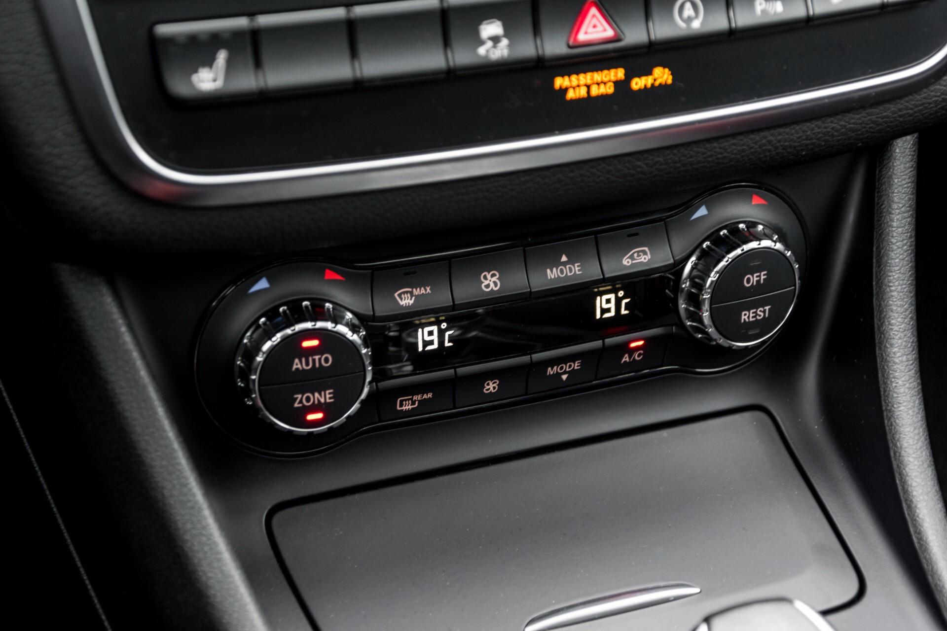 """Mercedes-Benz CLA-Klasse Shooting Brake 45 AMG 4-M Performance Stoelen/Uitlaat/19"""" velgen/Exclusive/Panorama Aut7 Foto 36"""
