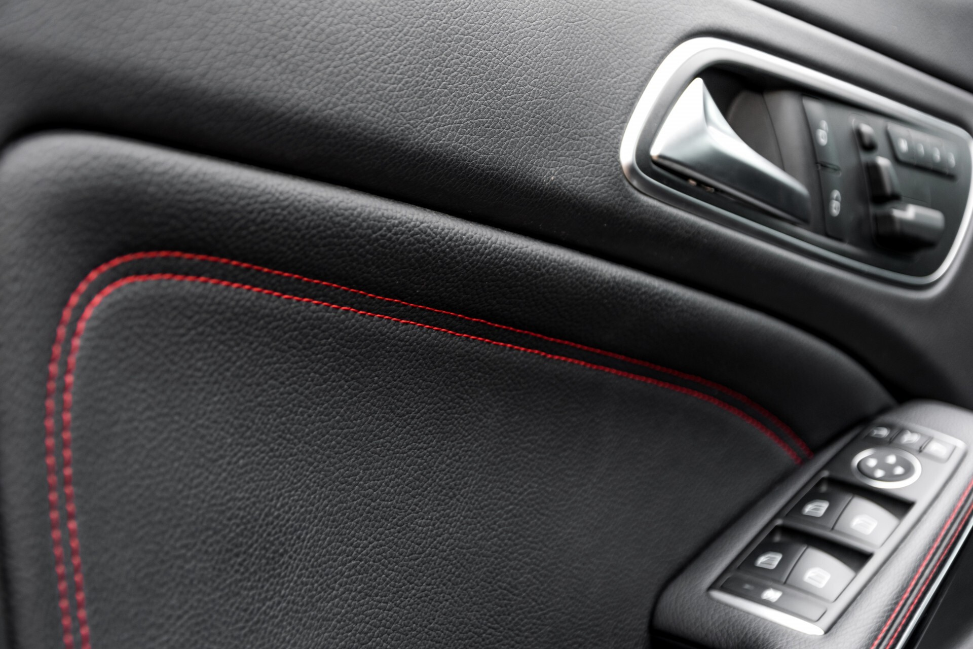 """Mercedes-Benz CLA-Klasse Shooting Brake 45 AMG 4-M Performance Stoelen/Uitlaat/19"""" velgen/Exclusive/Panorama Aut7 Foto 45"""