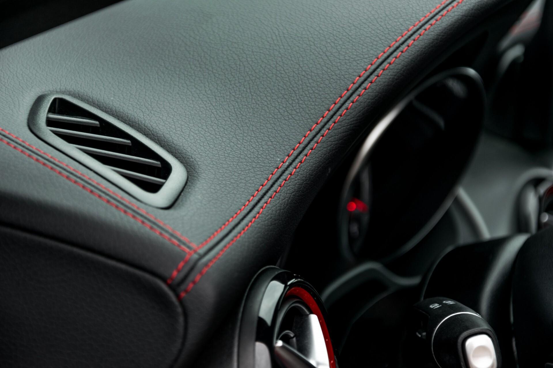 """Mercedes-Benz CLA-Klasse Shooting Brake 45 AMG 4-M Performance Stoelen/Uitlaat/19"""" velgen/Exclusive/Panorama Aut7 Foto 46"""