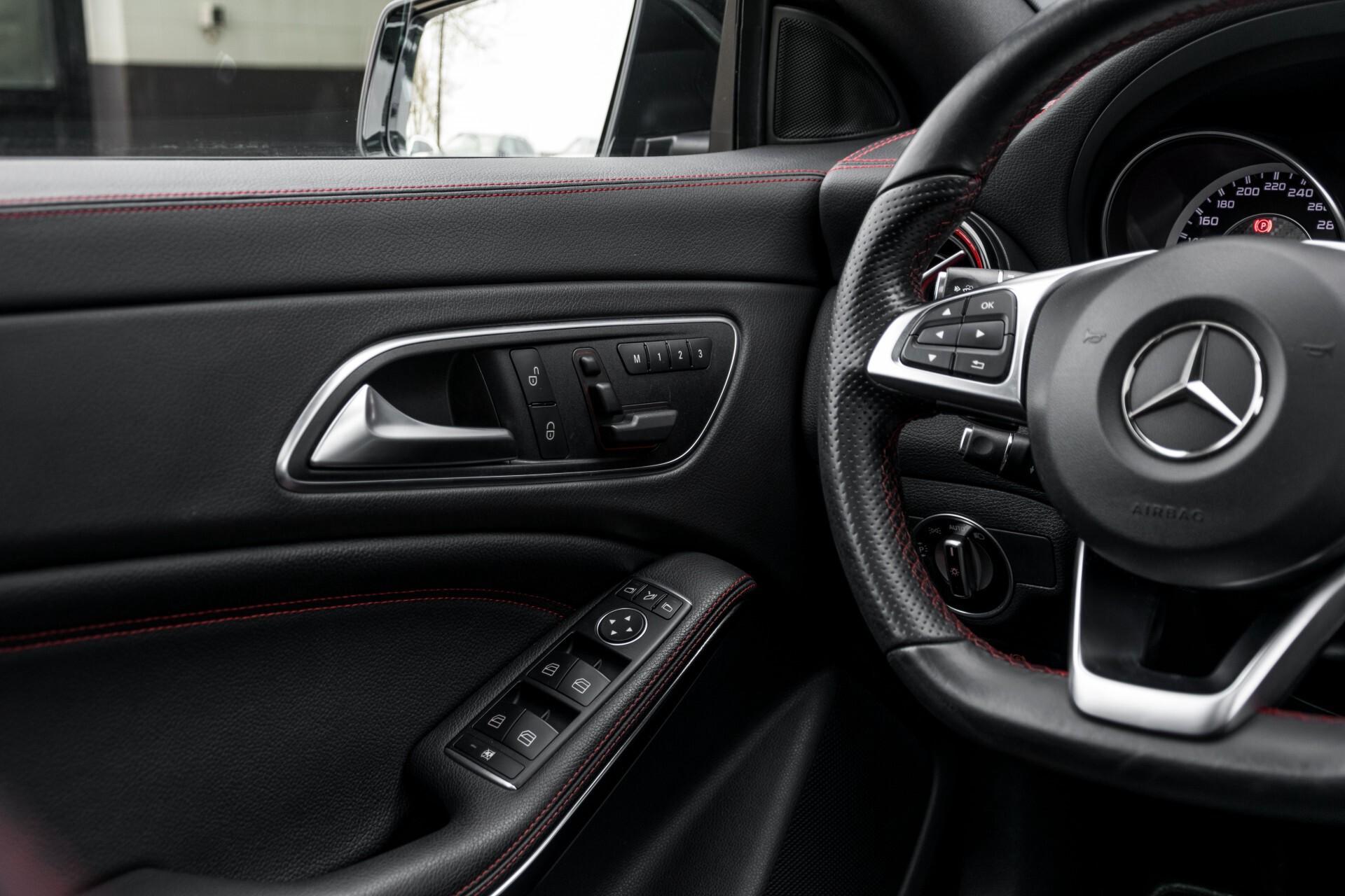 """Mercedes-Benz CLA-Klasse Shooting Brake 45 AMG 4-M Performance Stoelen/Uitlaat/19"""" velgen/Exclusive/Panorama Aut7 Foto 50"""