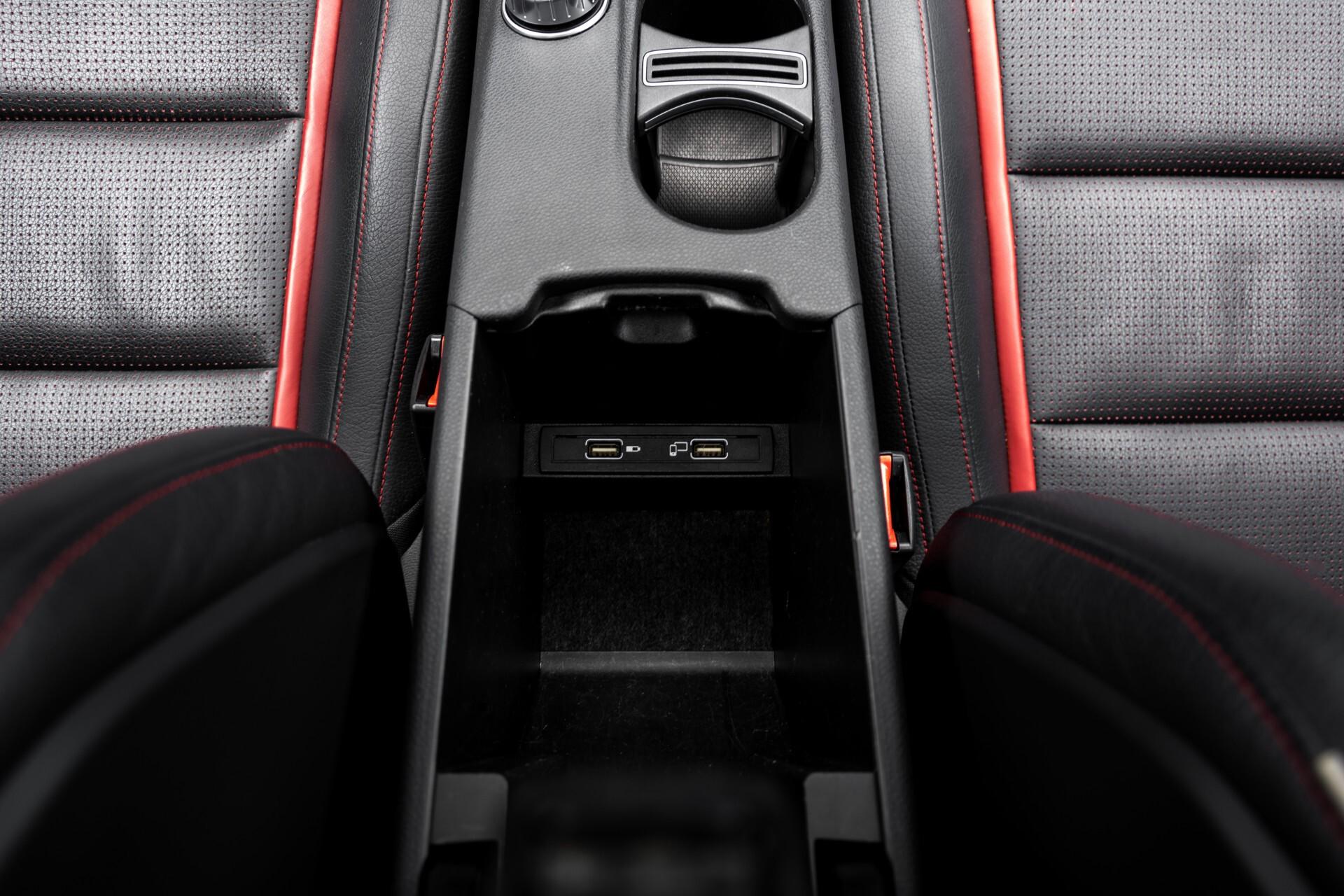 """Mercedes-Benz CLA-Klasse Shooting Brake 45 AMG 4-M Performance Stoelen/Uitlaat/19"""" velgen/Exclusive/Panorama Aut7 Foto 53"""