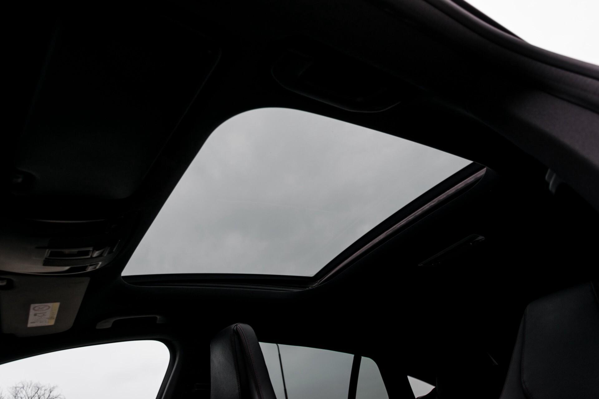 """Mercedes-Benz CLA-Klasse Shooting Brake 45 AMG 4-M Performance Stoelen/Uitlaat/19"""" velgen/Exclusive/Panorama Aut7 Foto 56"""